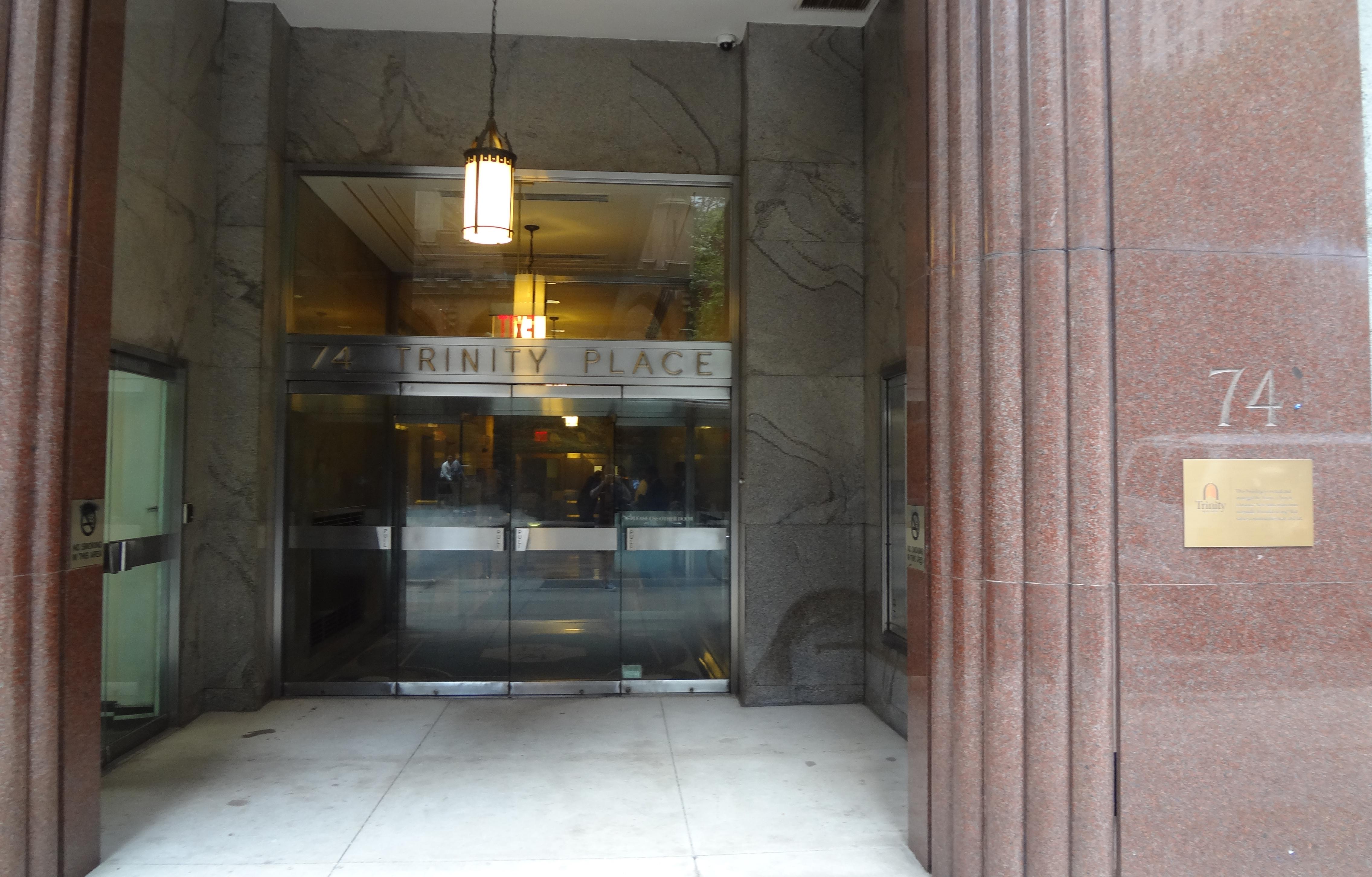 74 Trinity entrance