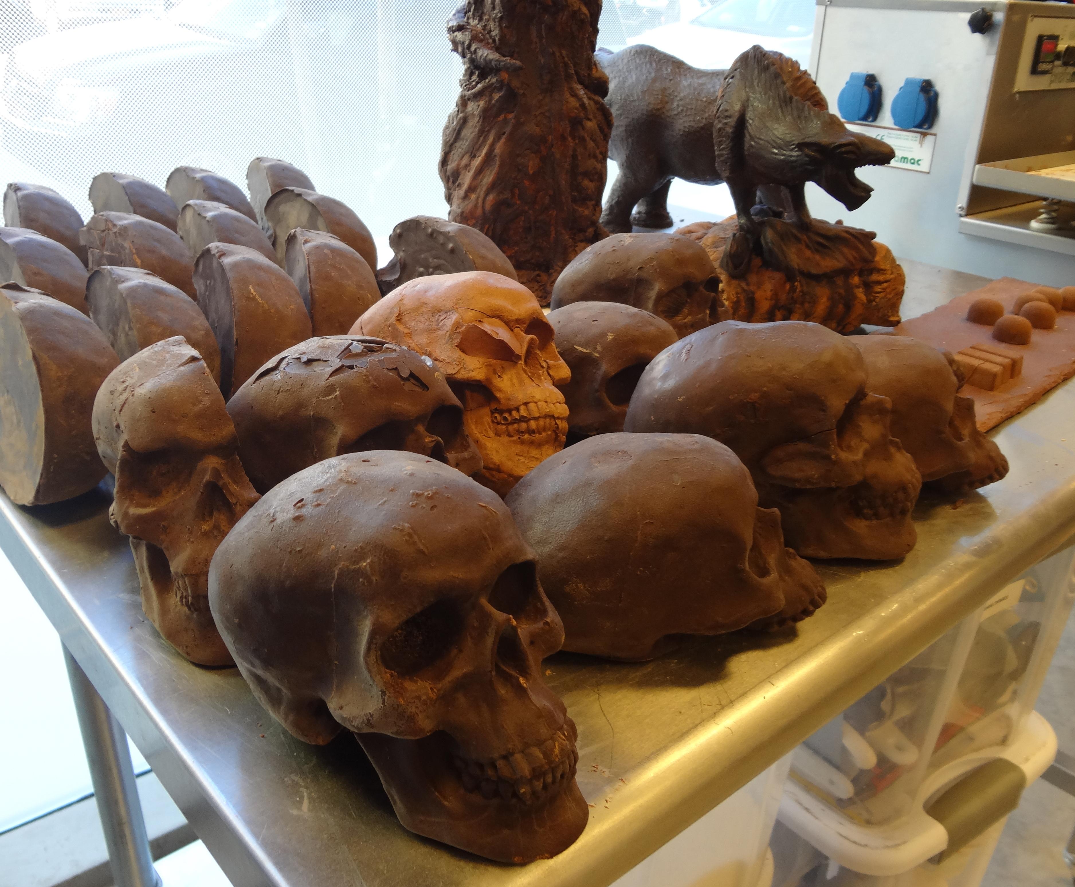 Chocolate skulls large on table
