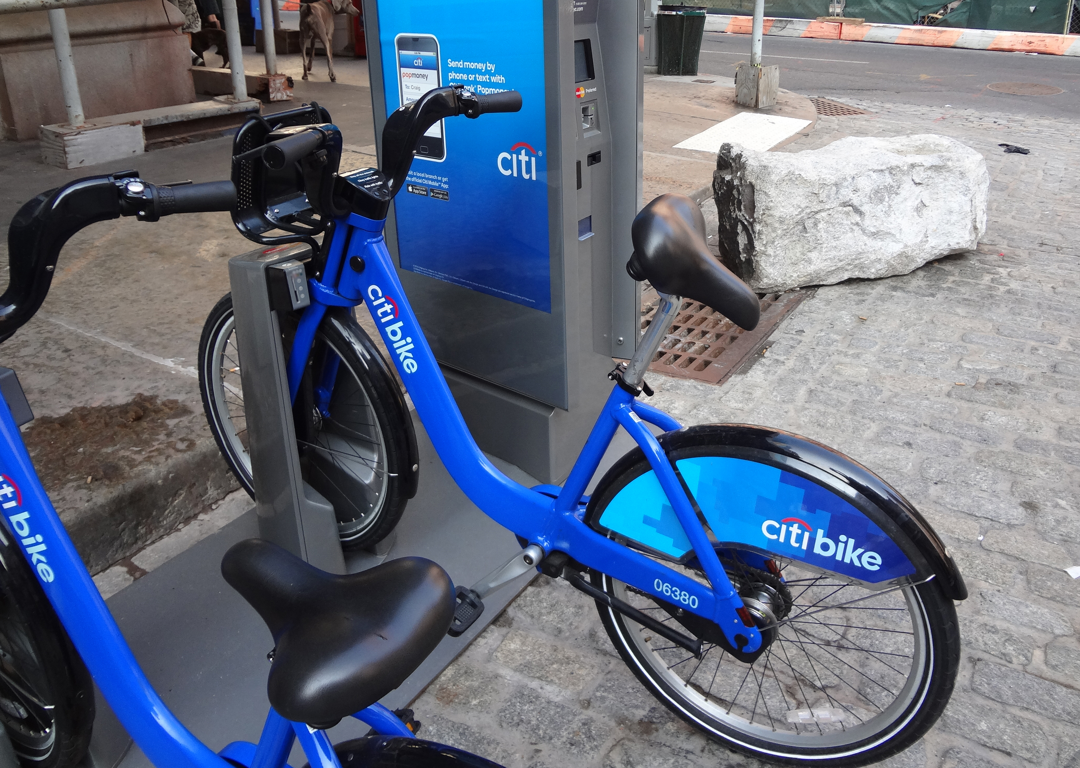 Cit-Bike-seat-backwards