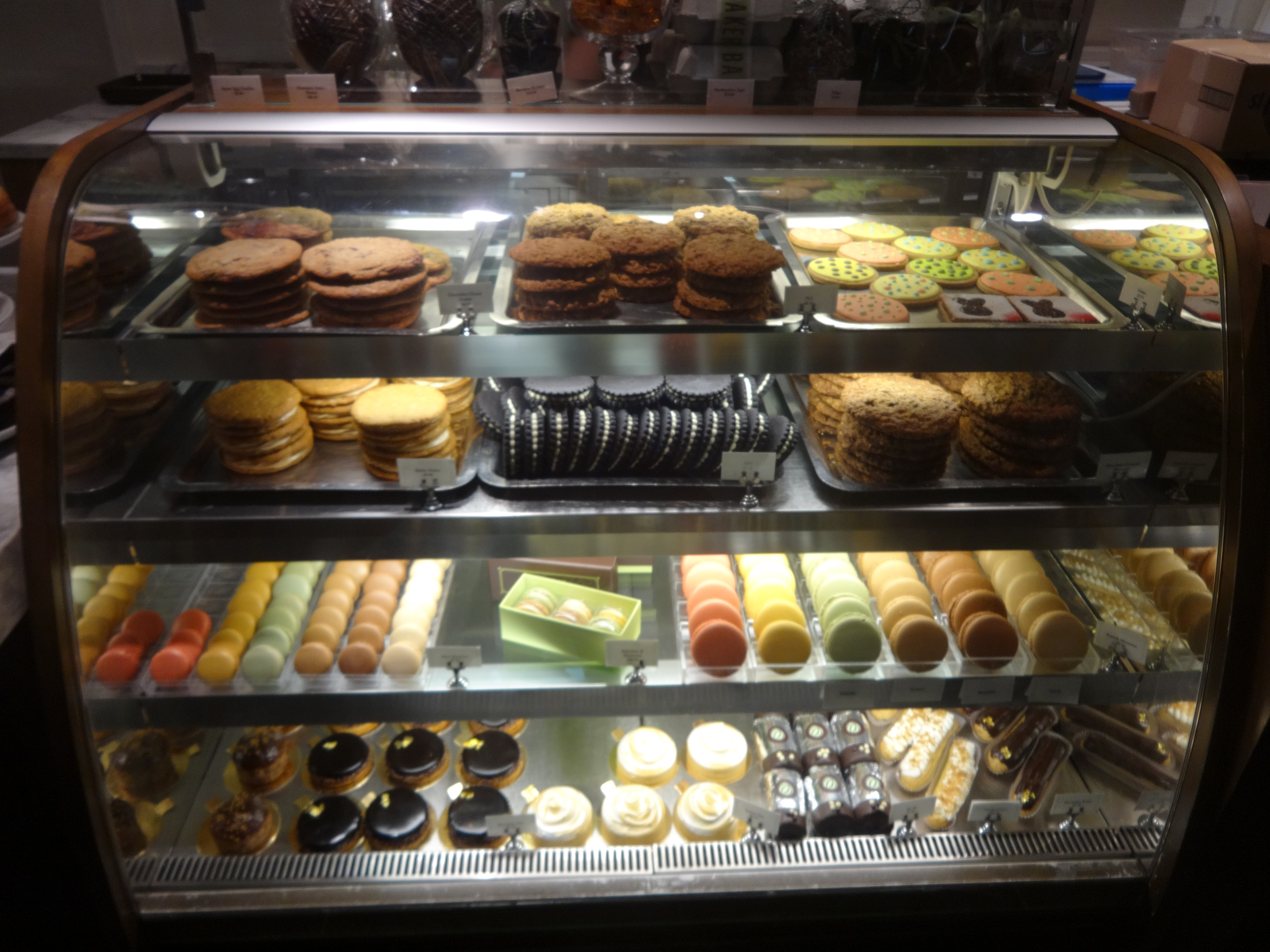 Bouchon Bakery display A
