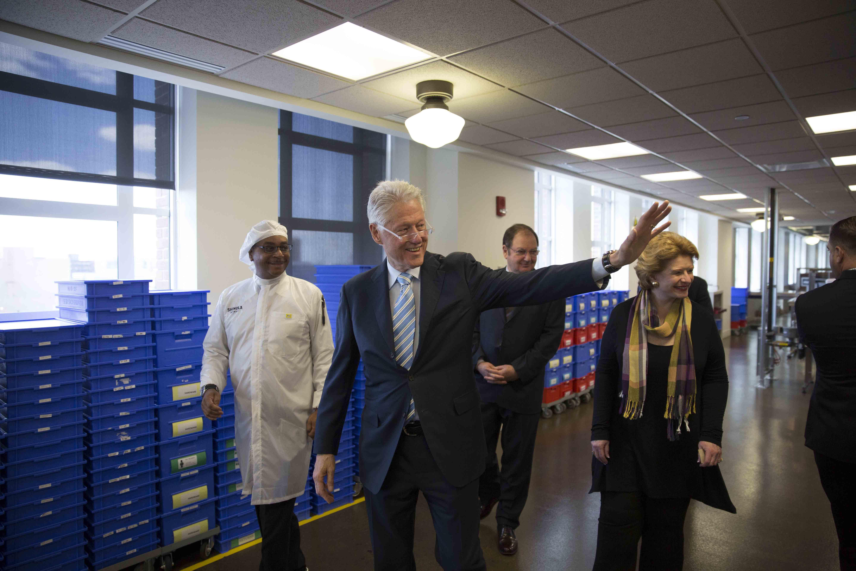 President Clinton Sen Stabenow