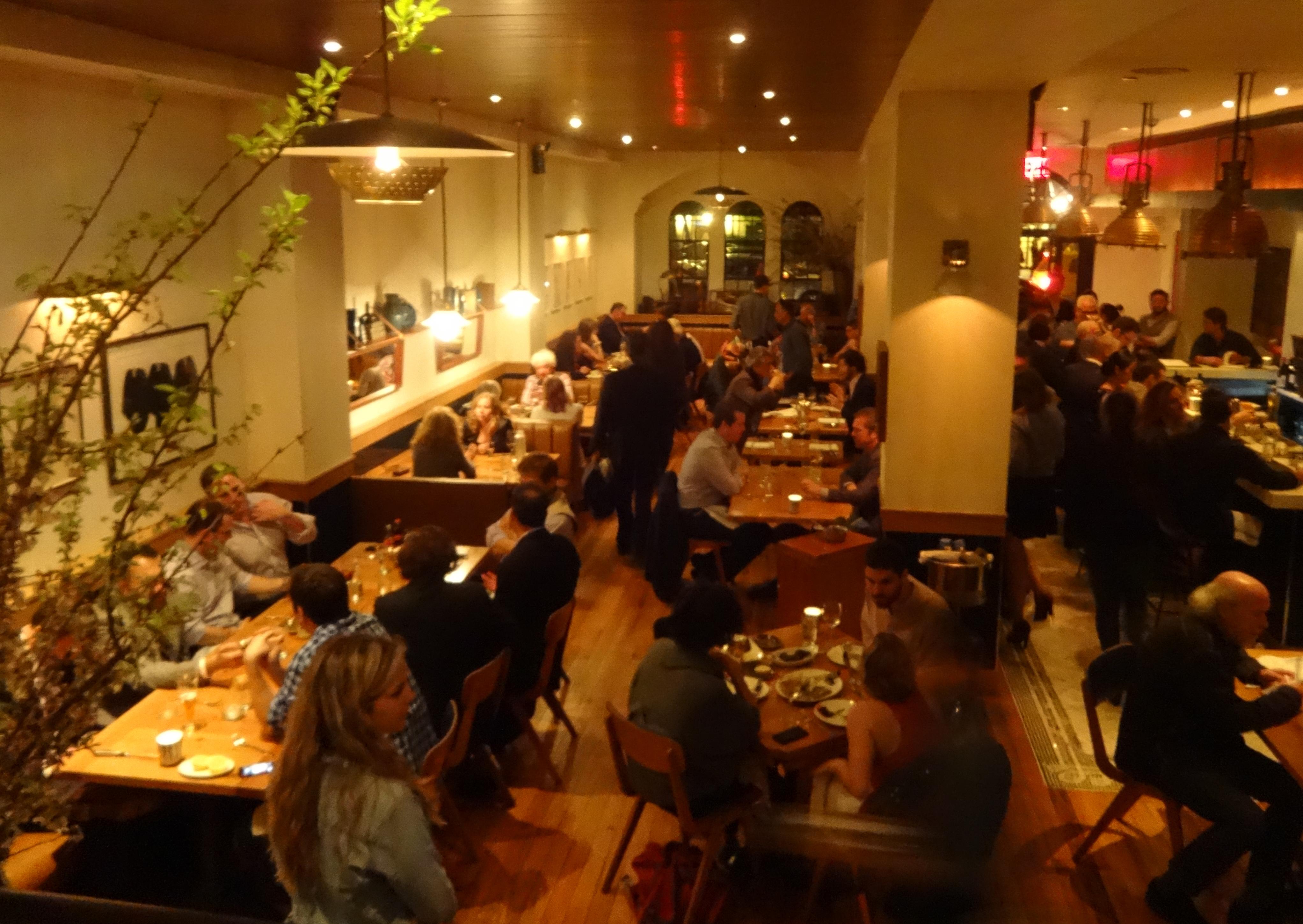 Barchetta dining room