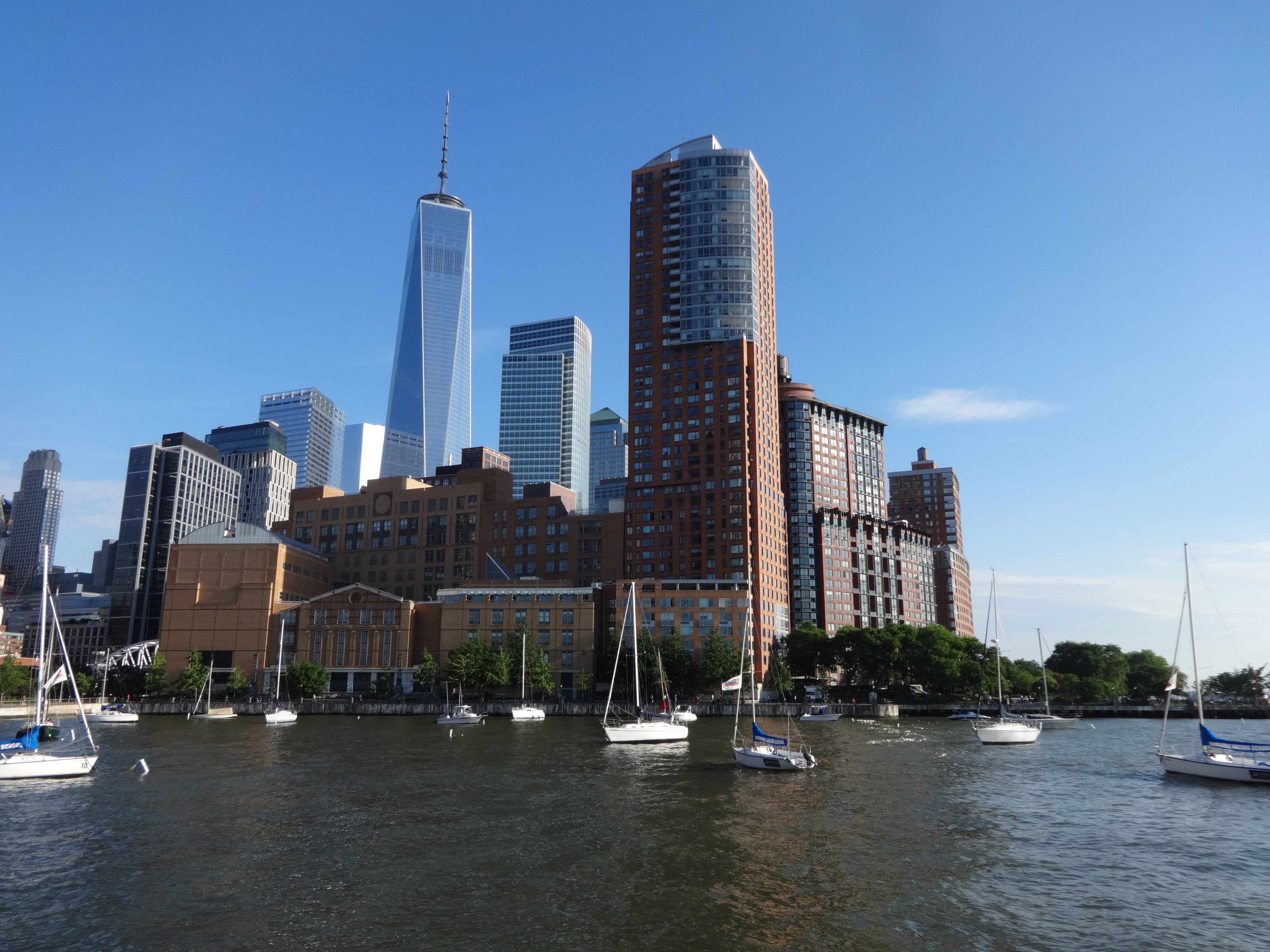 41 River Terrace from Pier 25