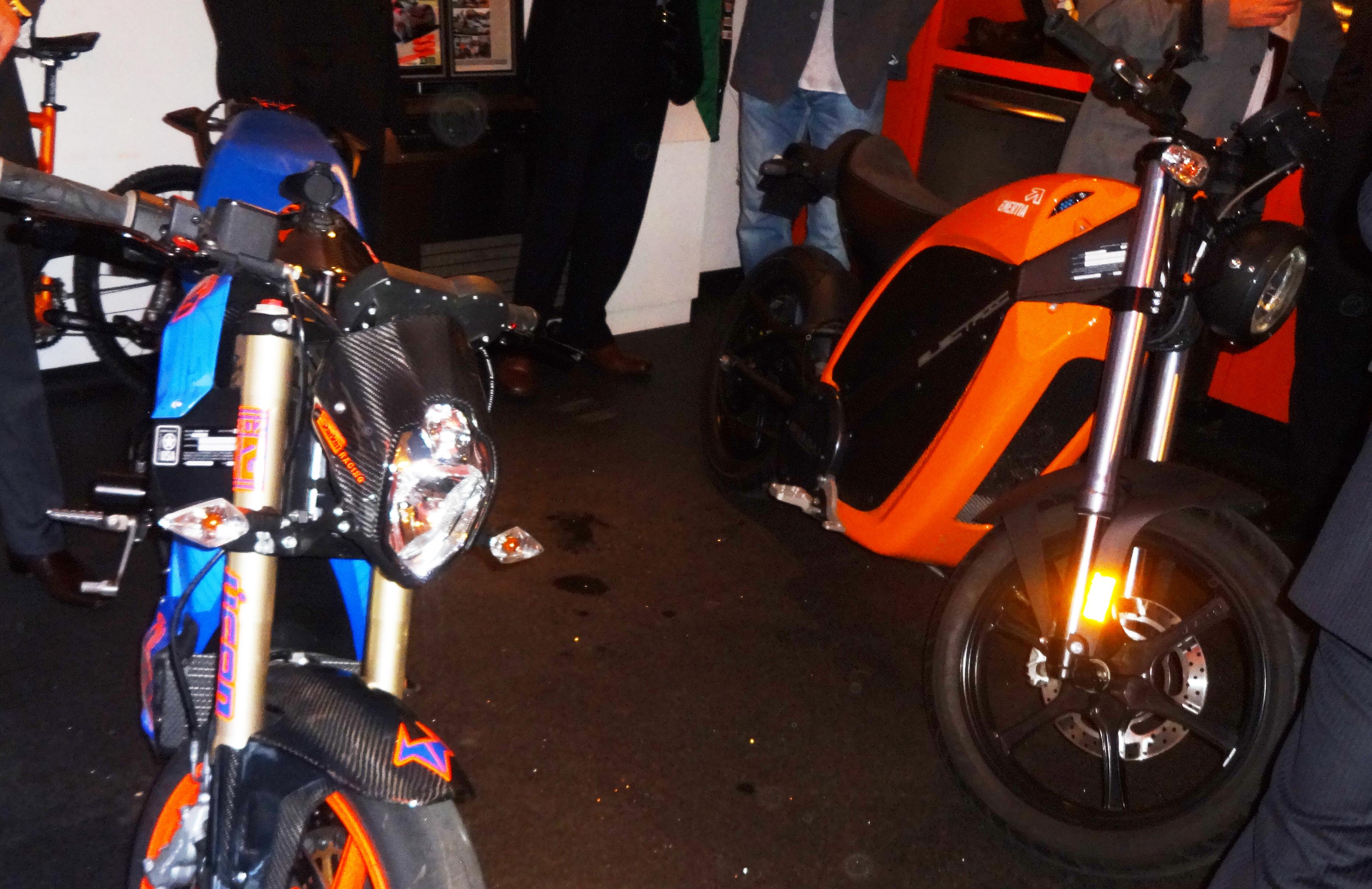 Orange electric motorcycle Wilzig