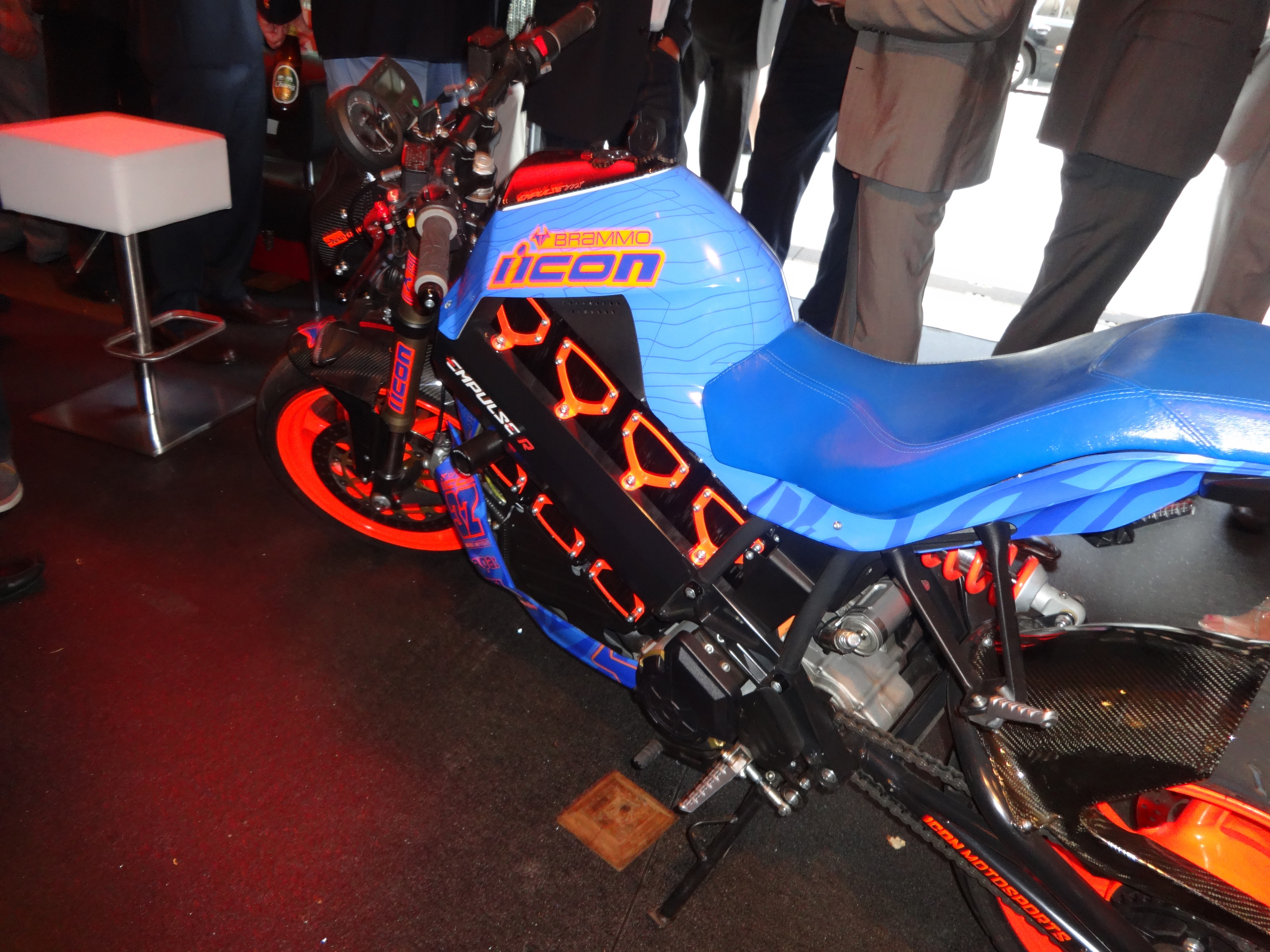 Wilzig blue electric bike