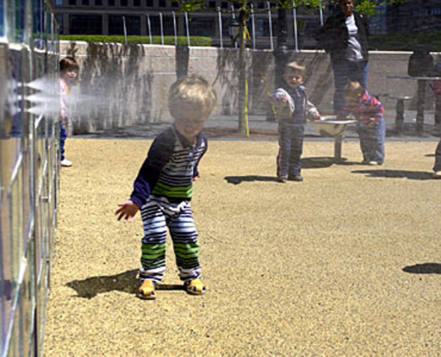 Kowsky Plaza kids fountain
