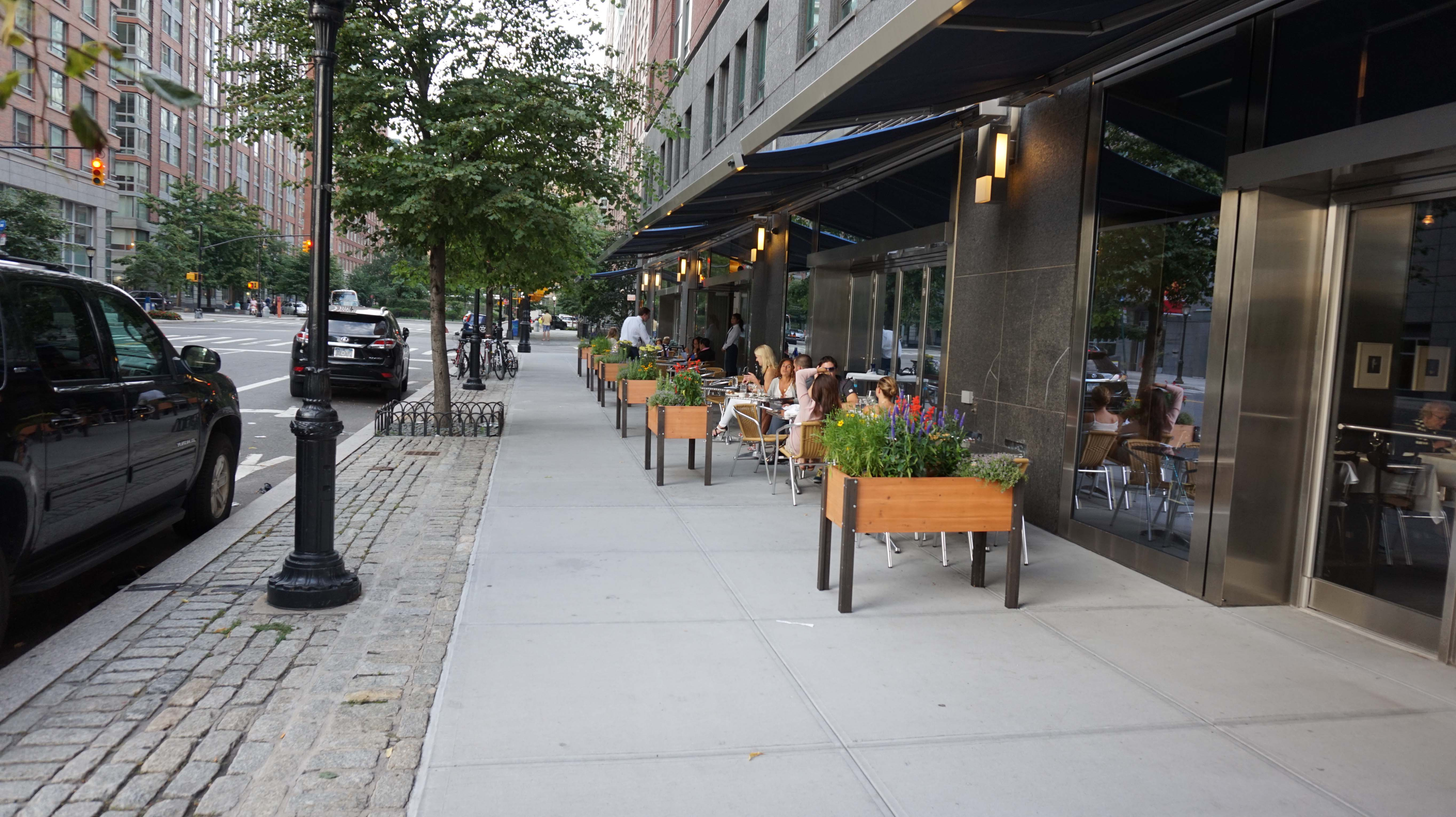 North End Gril patio