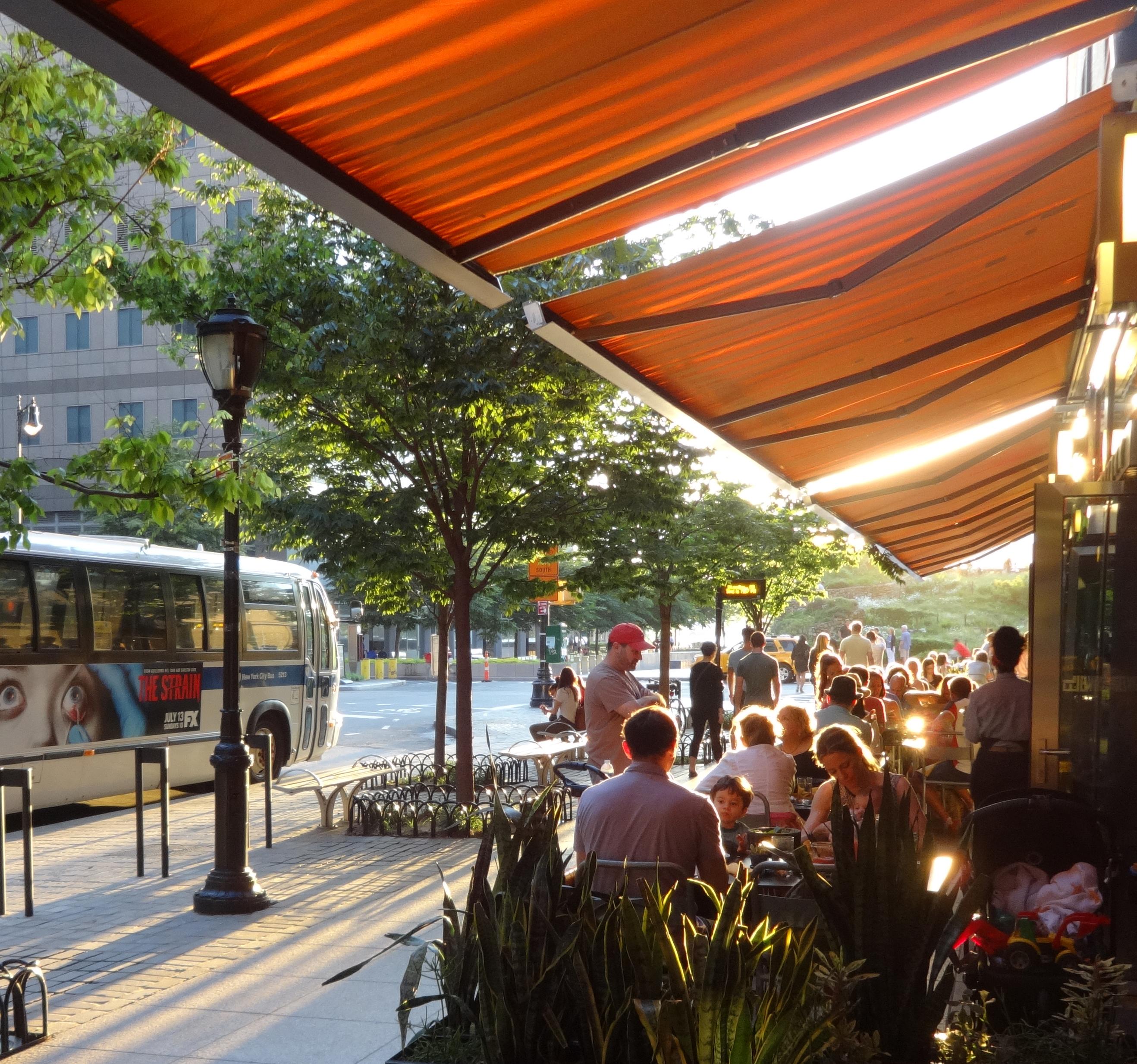 El Vez outdoor seating sunset 6-21-2014 summer solstice