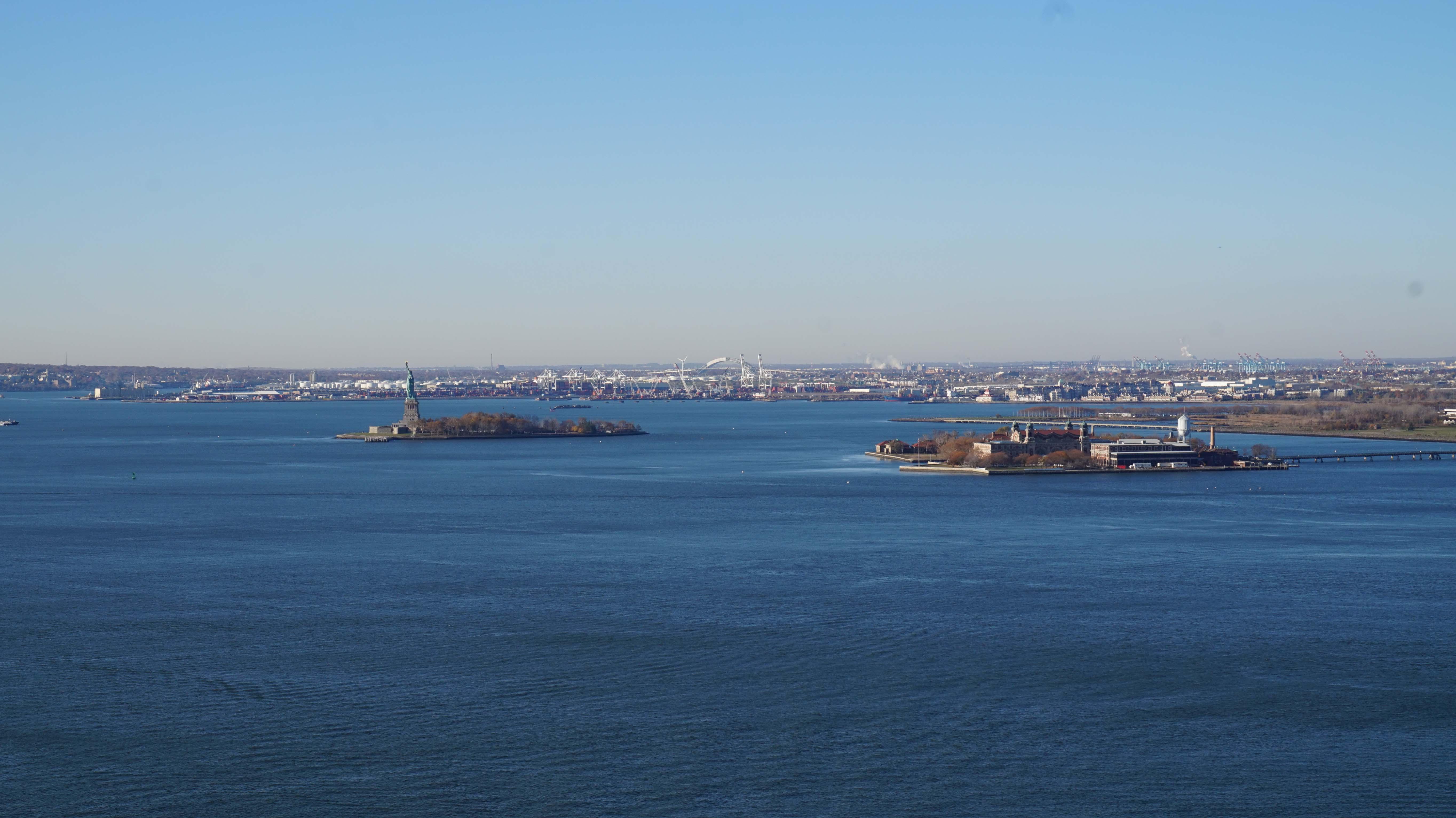 NY Harbor clear day 11-15-2014 low