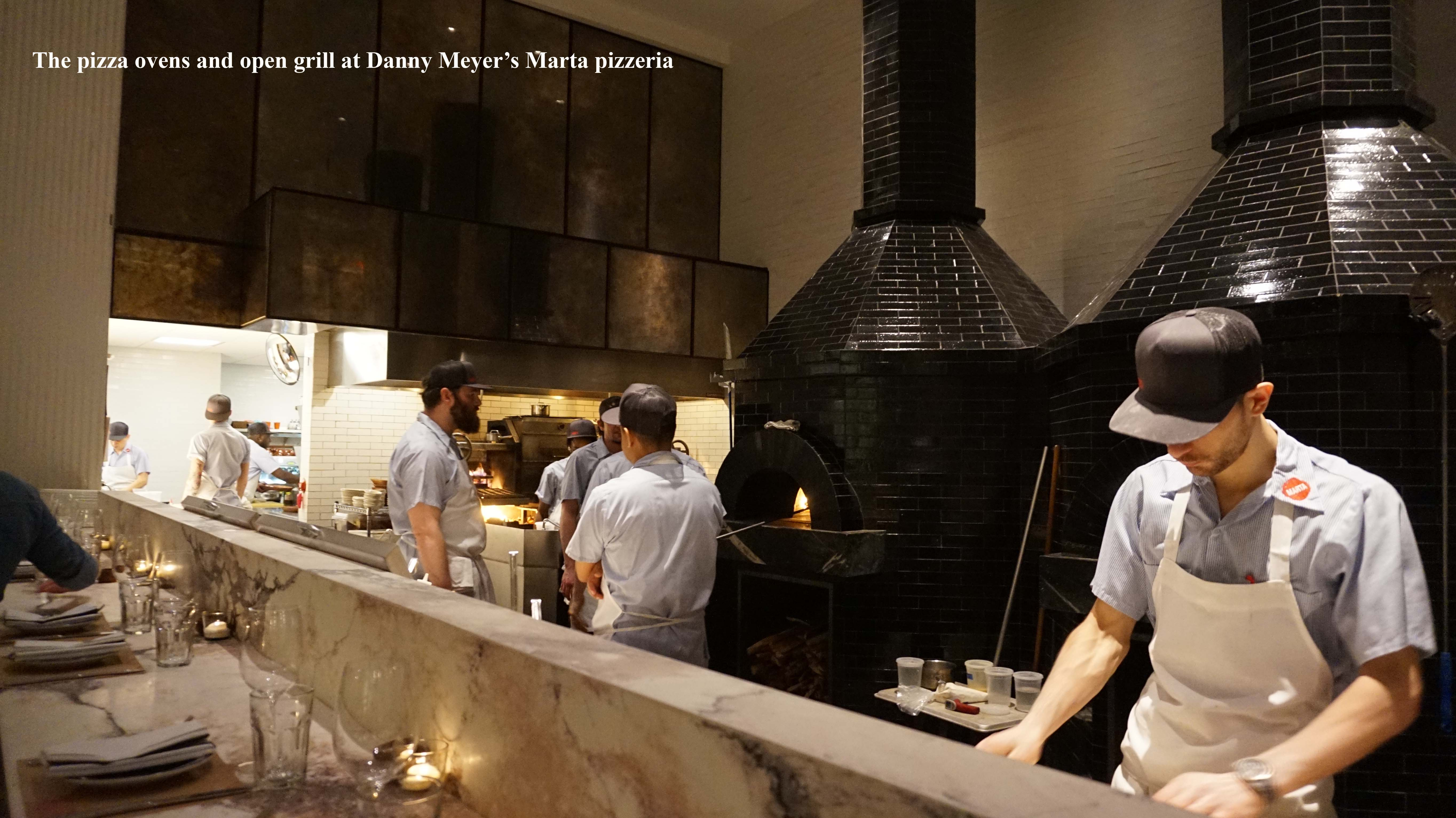 Marta open kitchen