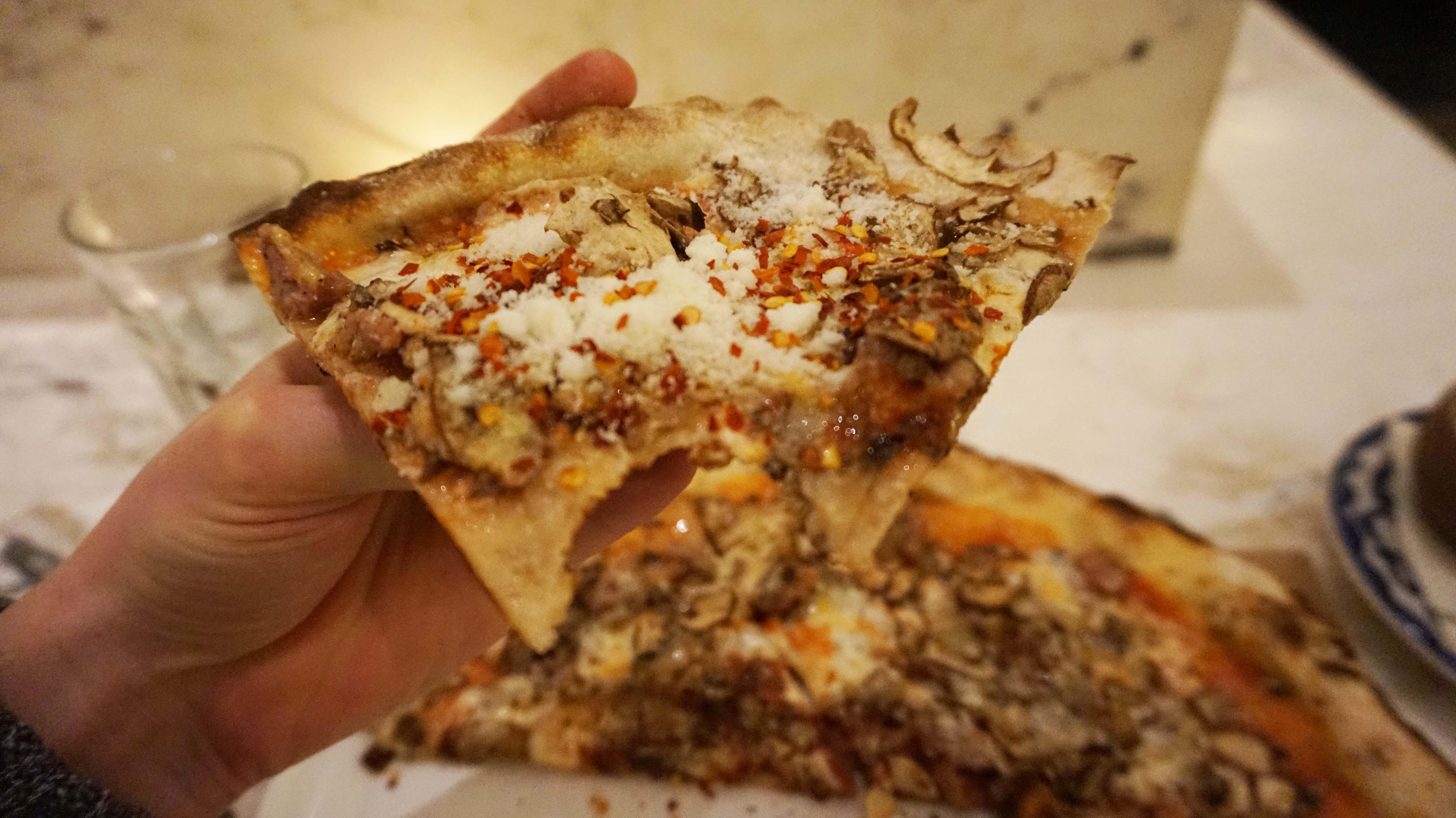 Marta pizza slice
