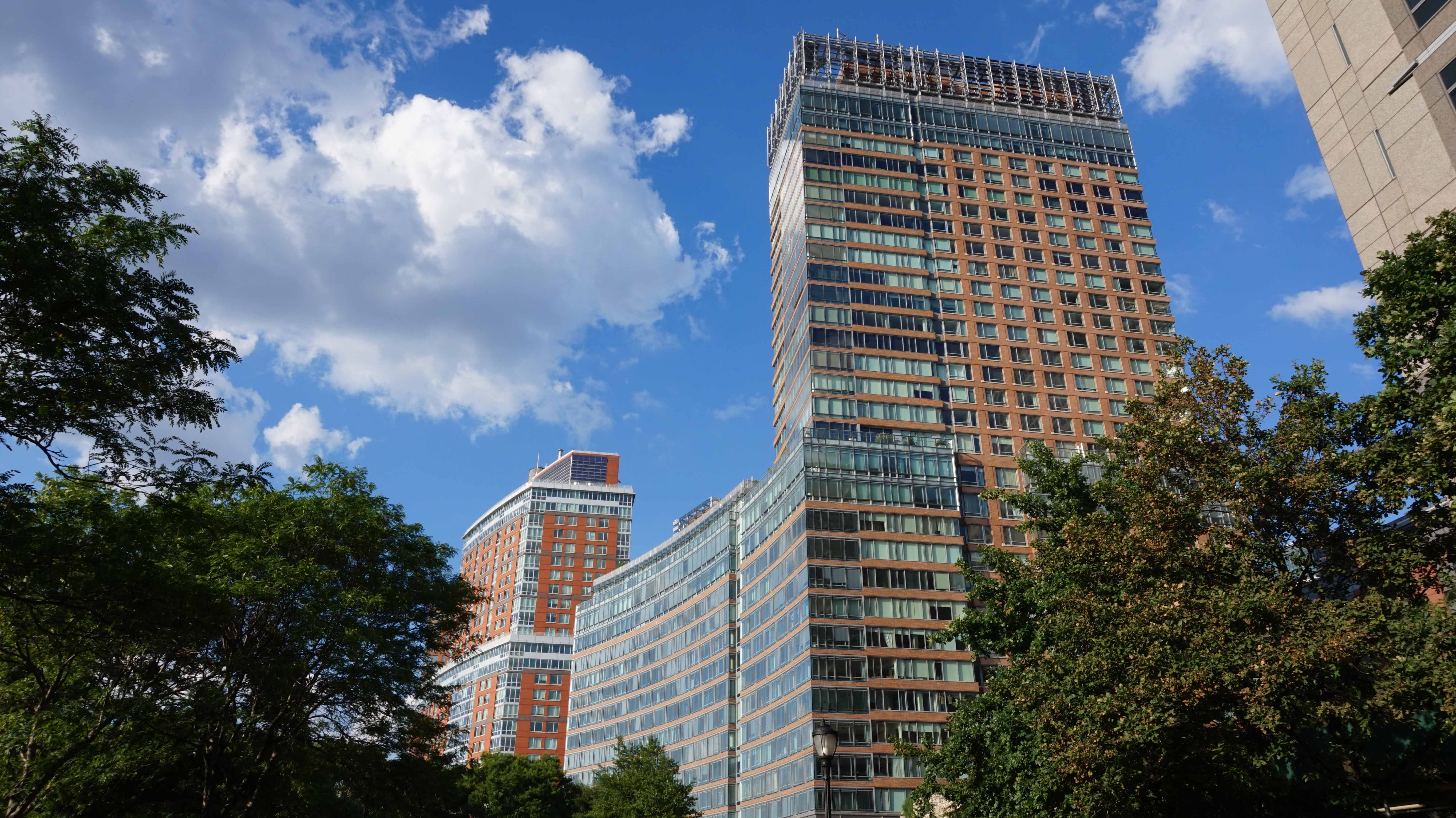 The housing bubble will deflate rapidly in 2015 for 22 river terrace 10282