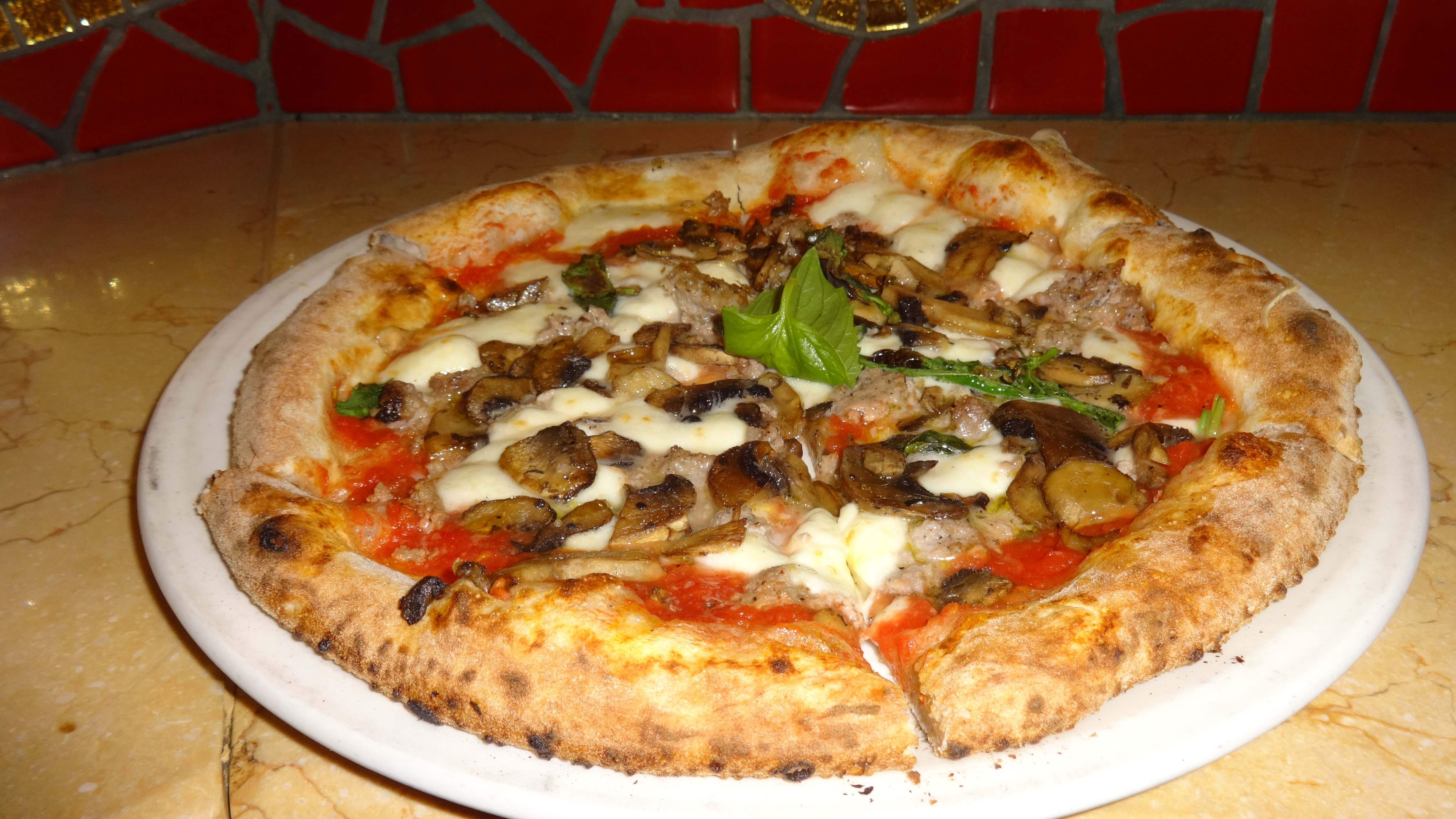 Review: The pizza at Eataly | BatteryPark.TV We Inform