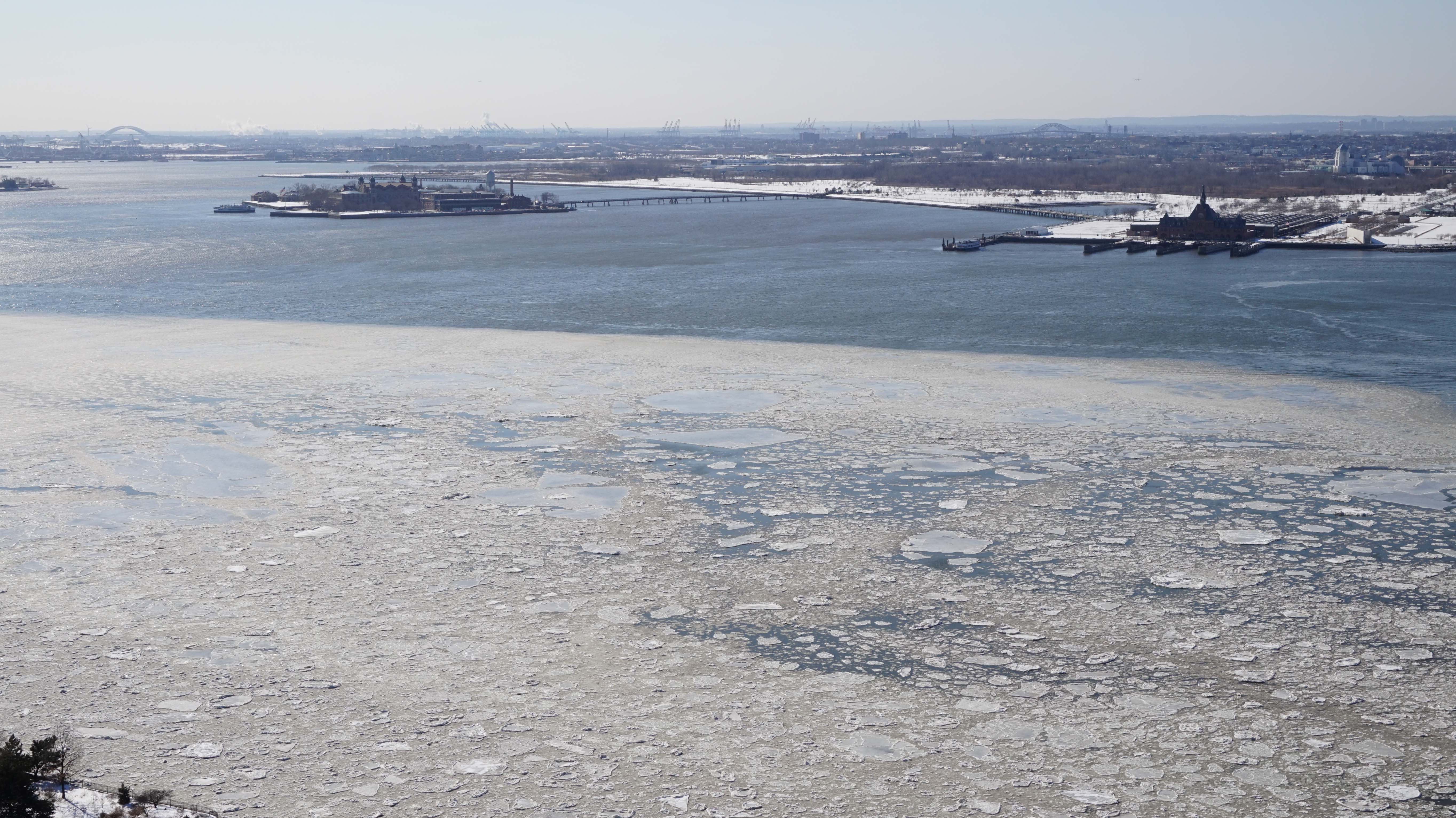 Hudson River ice 2-20-2015
