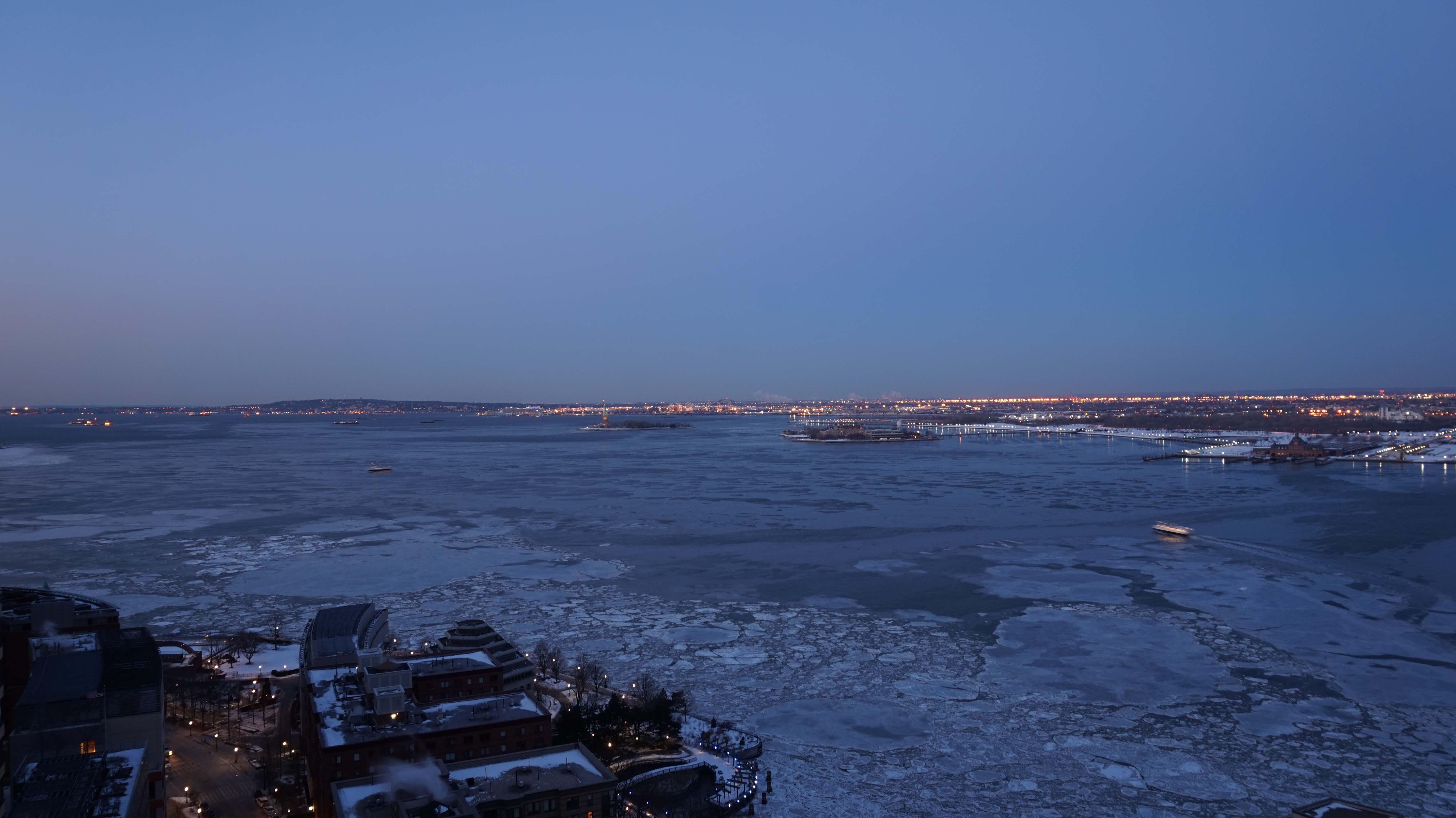 Hudson frozen 2-20-2015 low