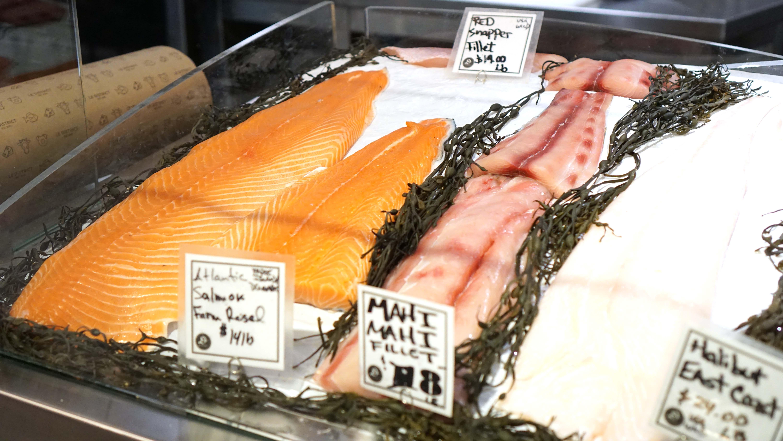 Beaubourg fish on ice salmon
