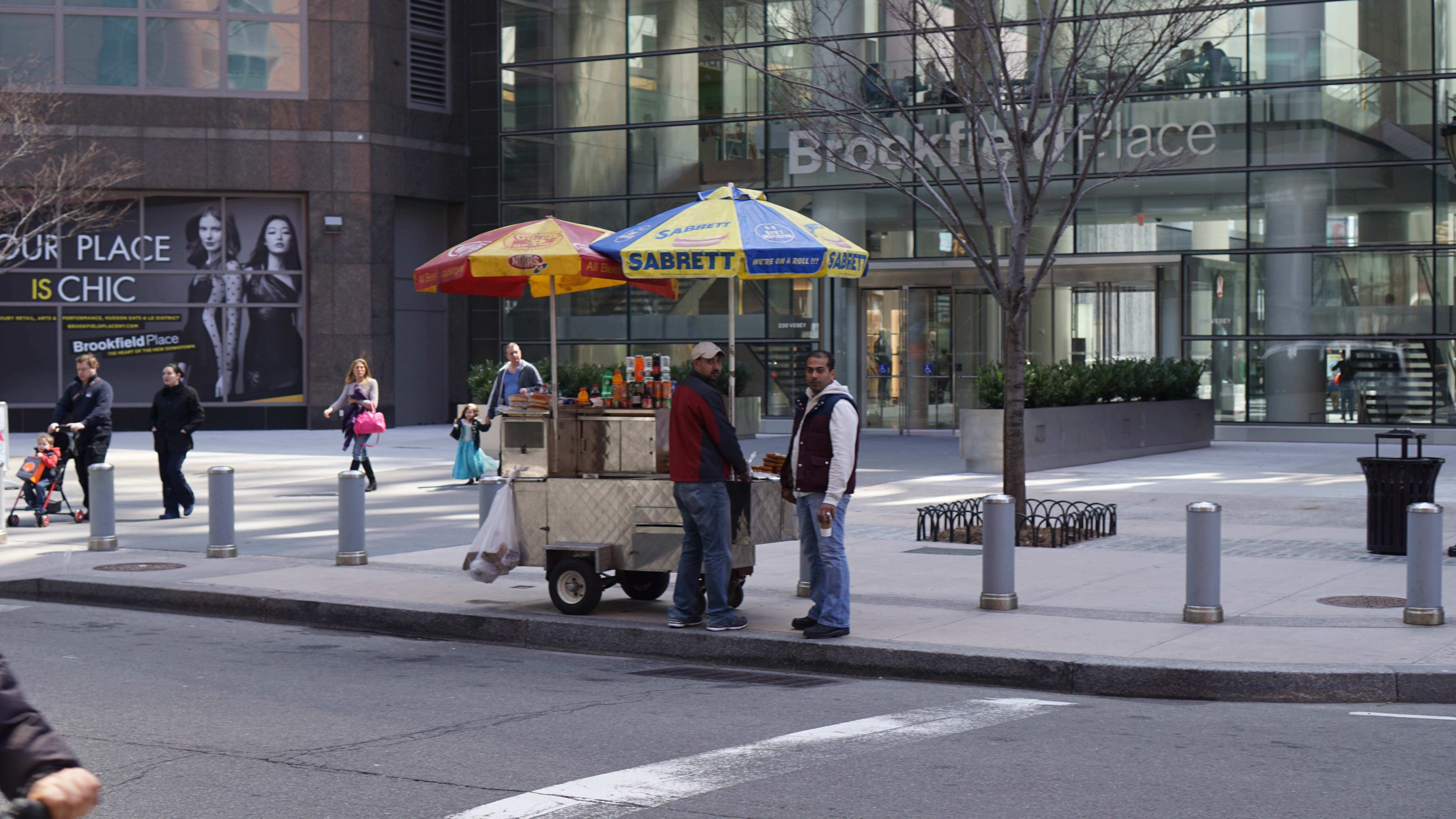 Hot dog cart in front of 250 Vesey Brookfield entrance