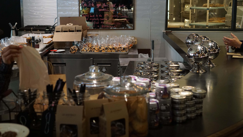 Le District ice cream counter