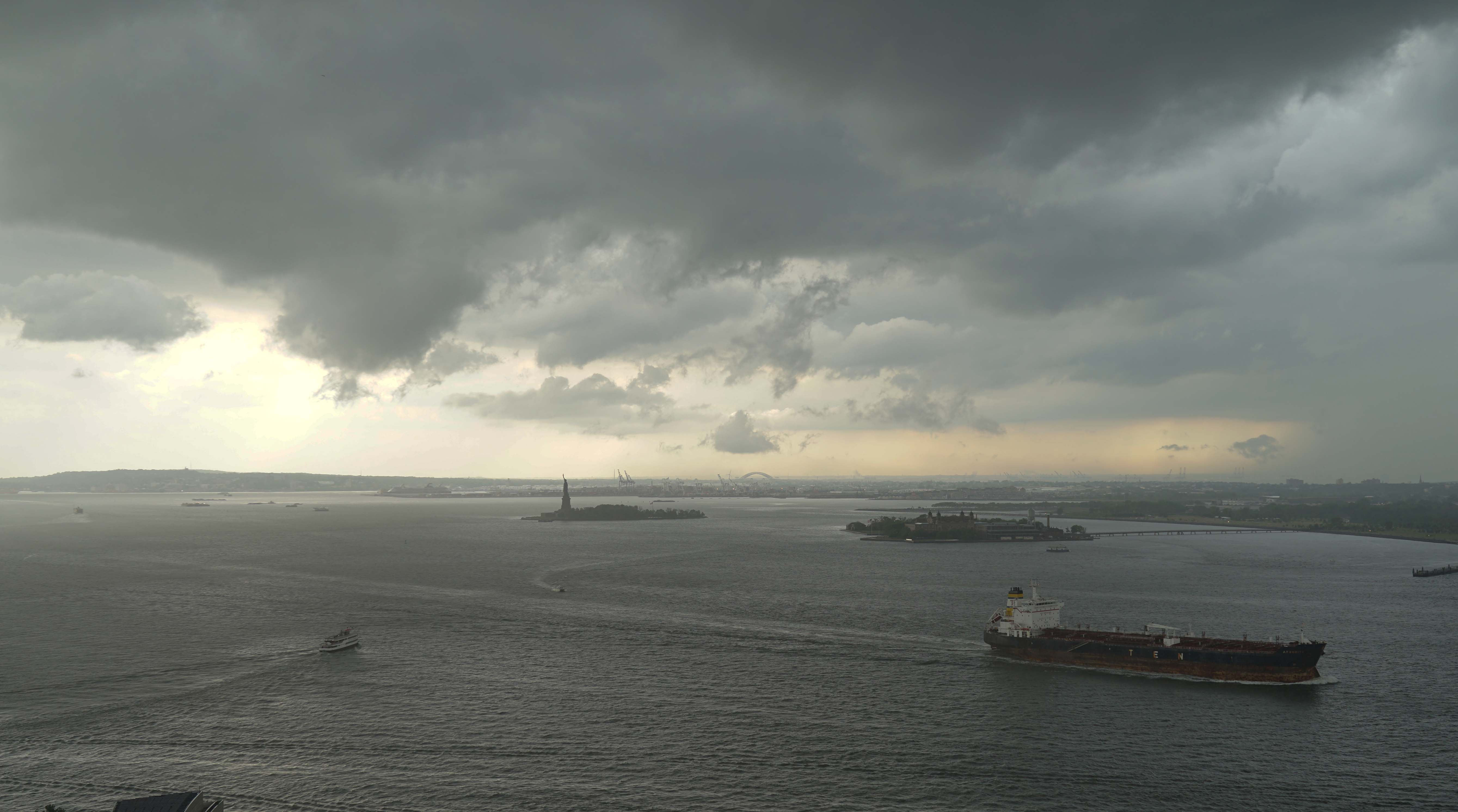 Storm over New York Harbor 5-31-2015 low