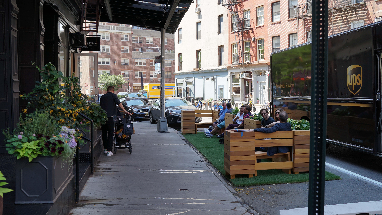 UPS bocks Laughing Man Tribeca b