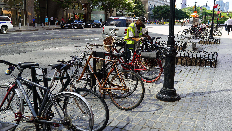 junk bike on Vesey 1