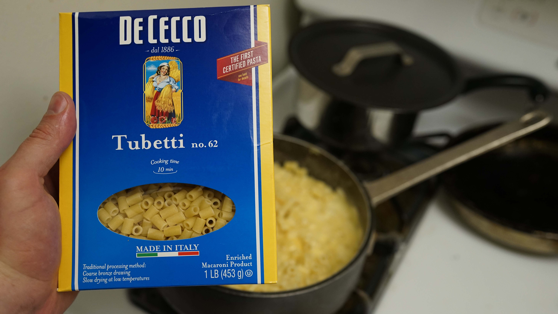De Cecco pasta box