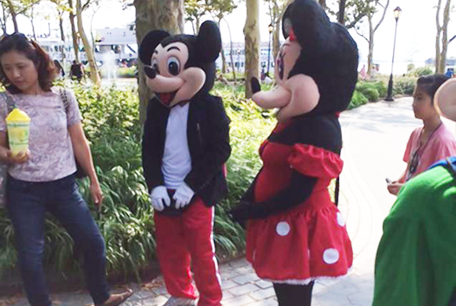 Mickey Mouse in The Battery
