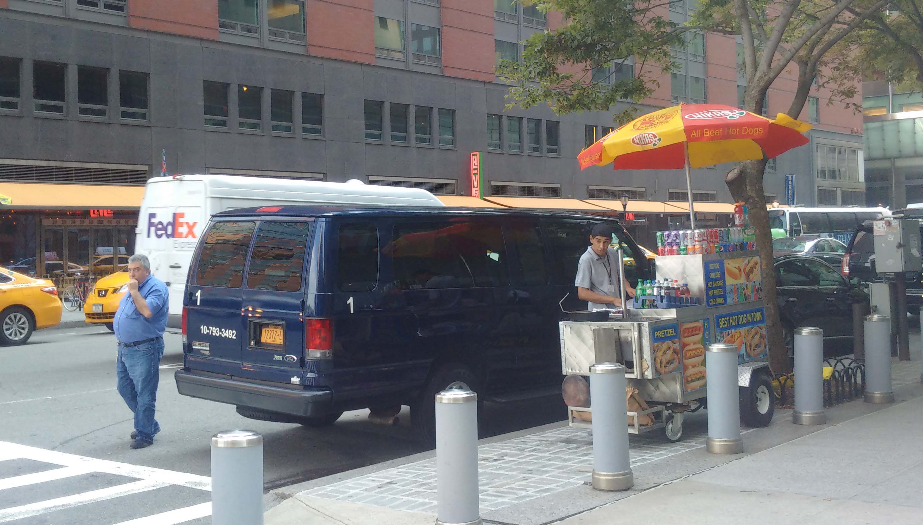hot dog vendors now on south side of Vesey