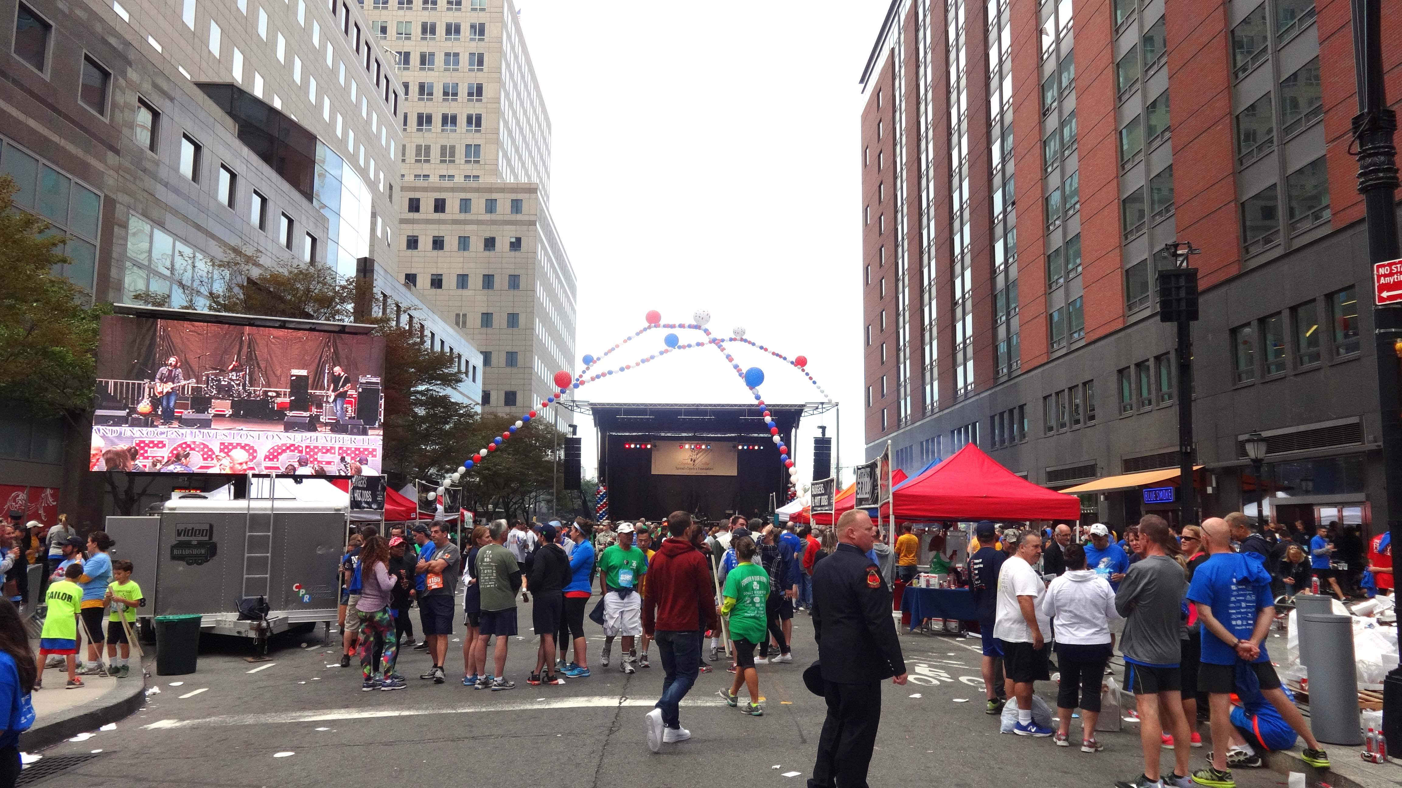 Tunnel 2 Towers Vesey 2015