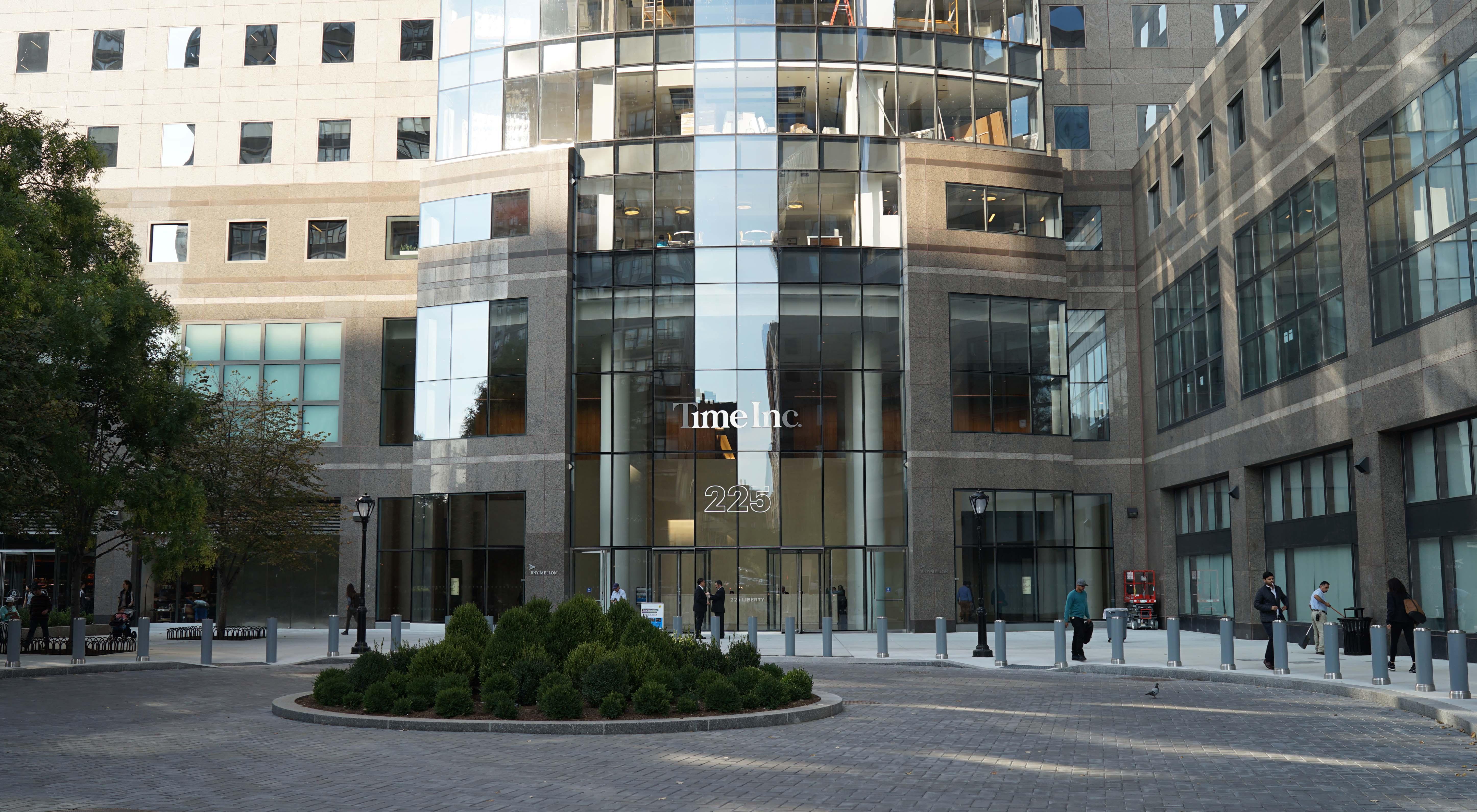 Time Inc sign 225 Liberty