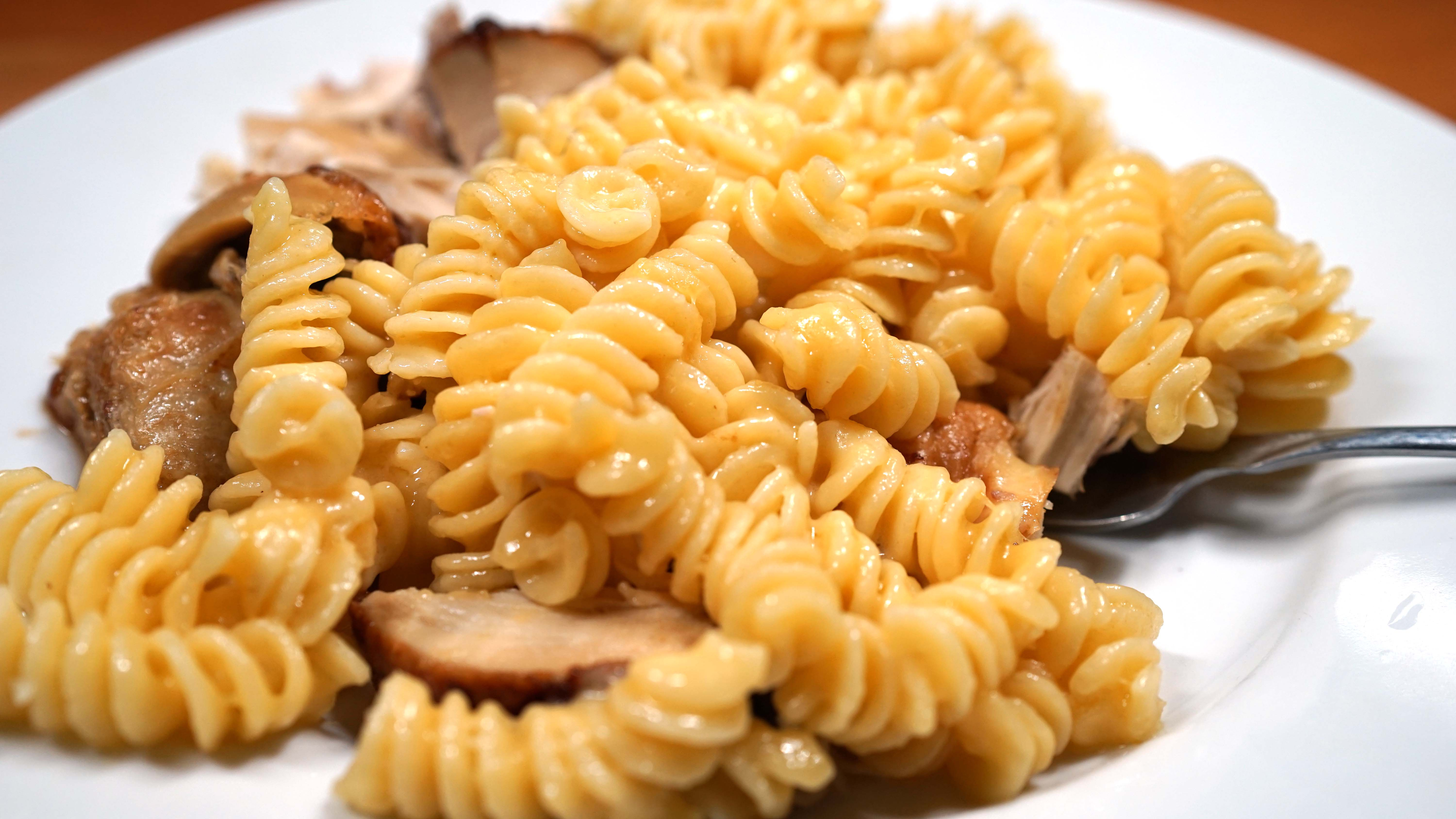fusilli noodles macaroni and cheese