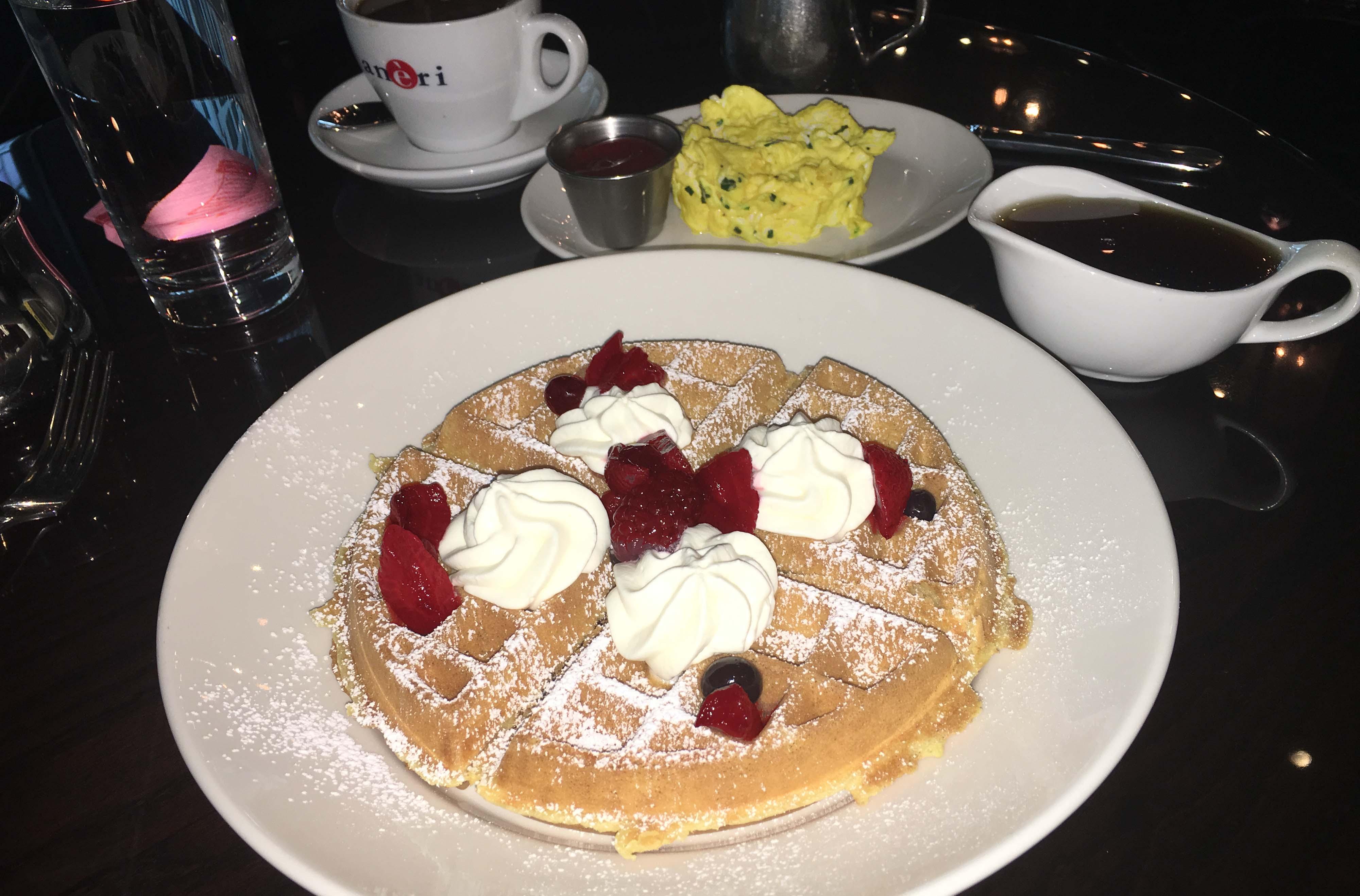 Washington Bar & Grill waffle