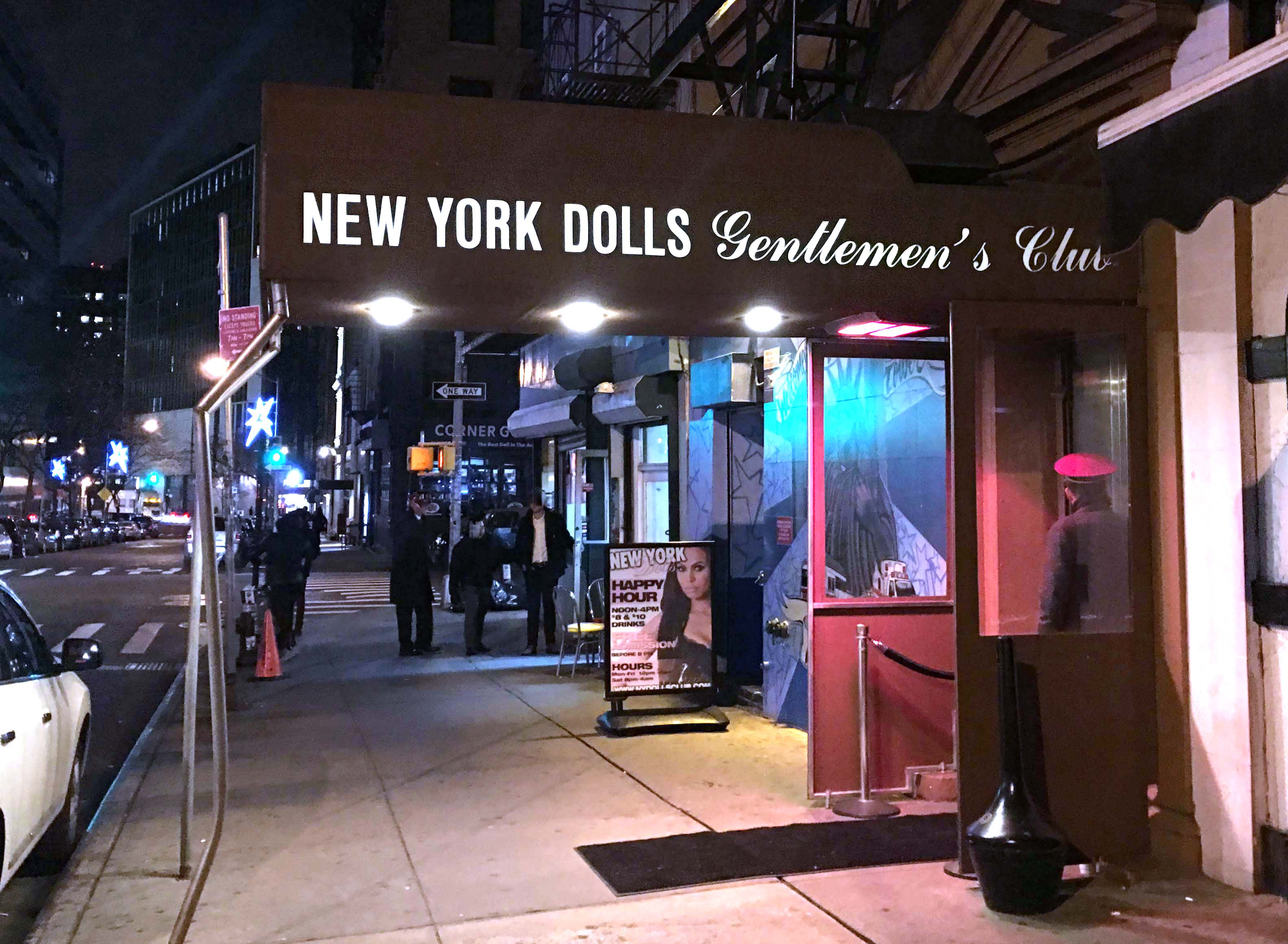 New York Dolls entrance