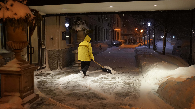Porter Steve shoveling snow