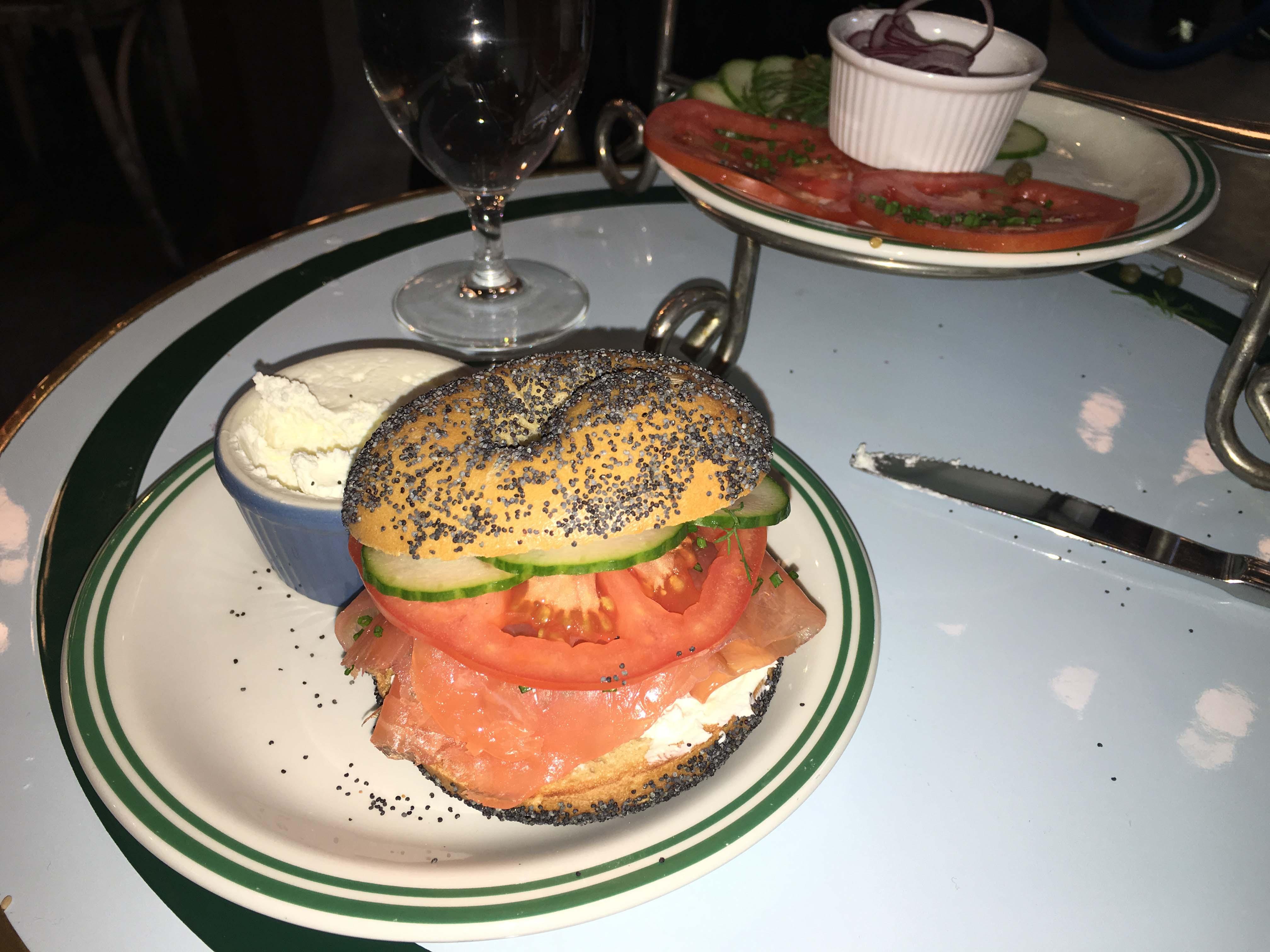 Sadelles salmon bagel
