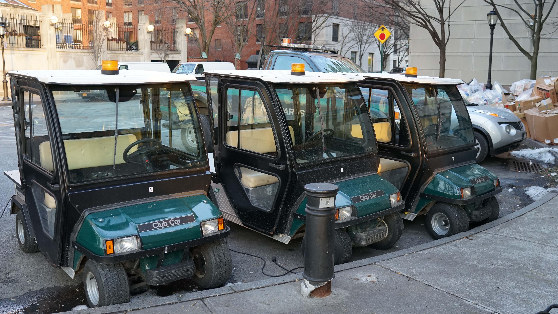 Inactive PEP golf carts
