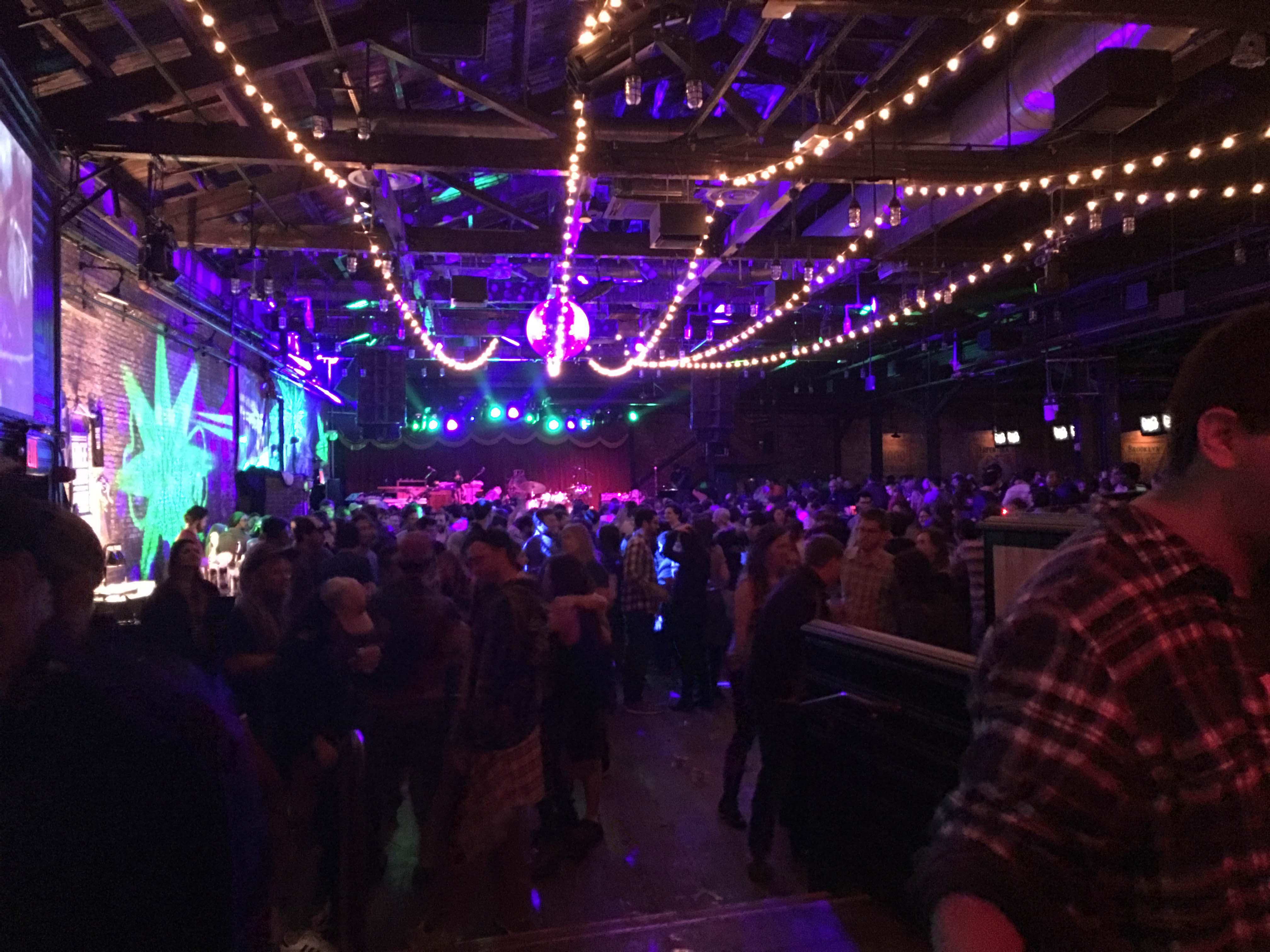 Brooklyn Bowl crowd Russo