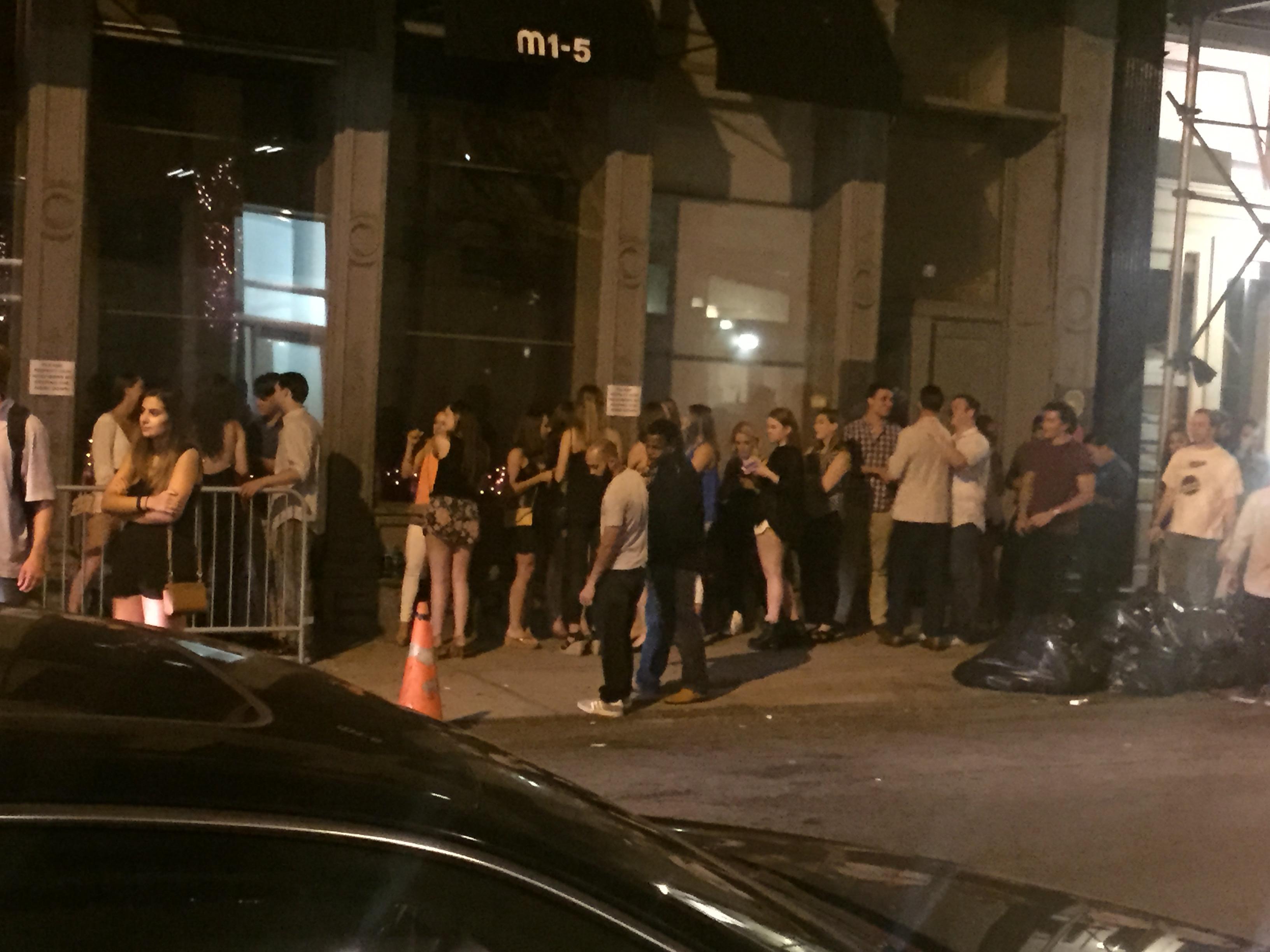 M1-5 nightclub