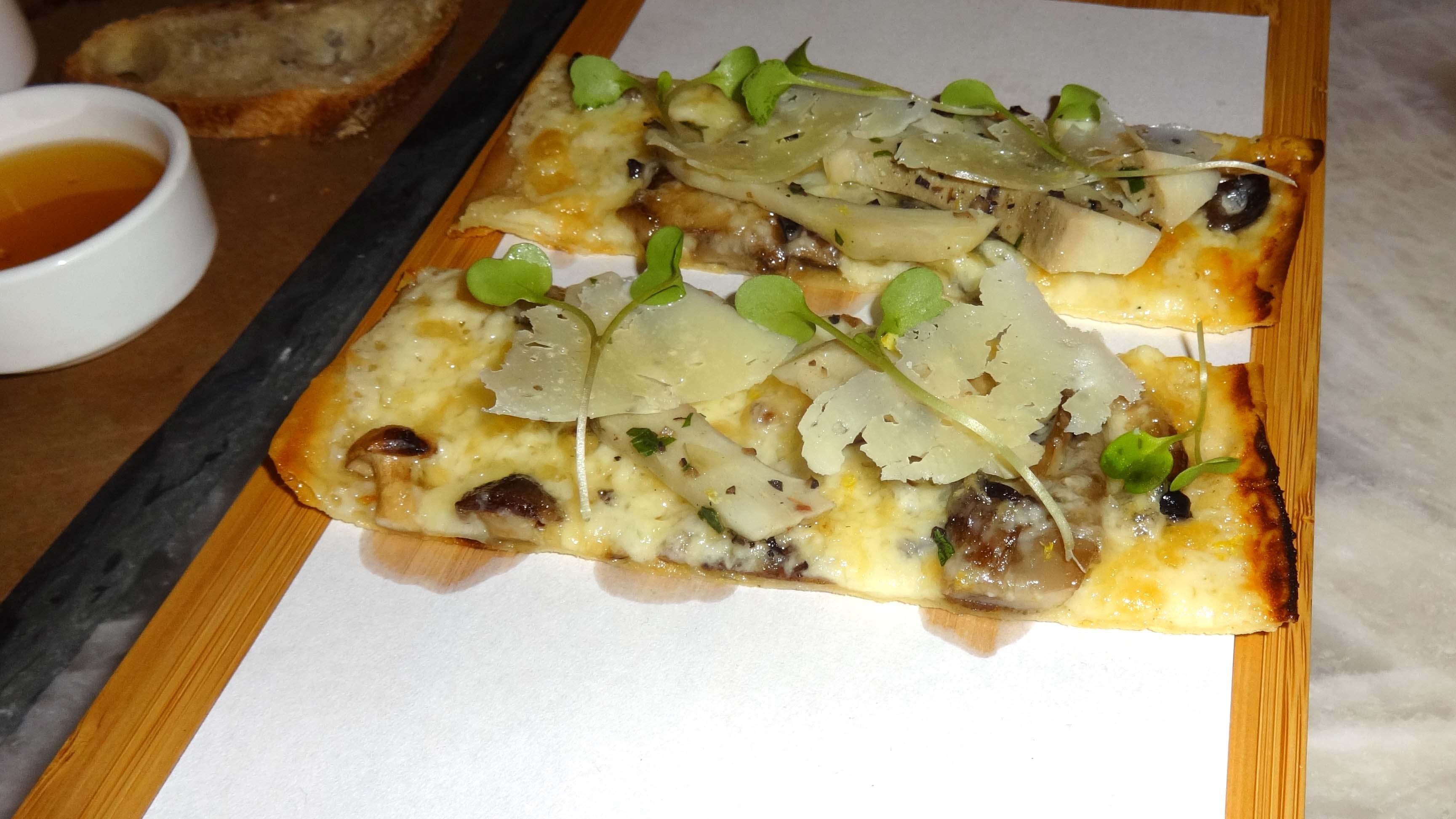 Amada artichoke bread