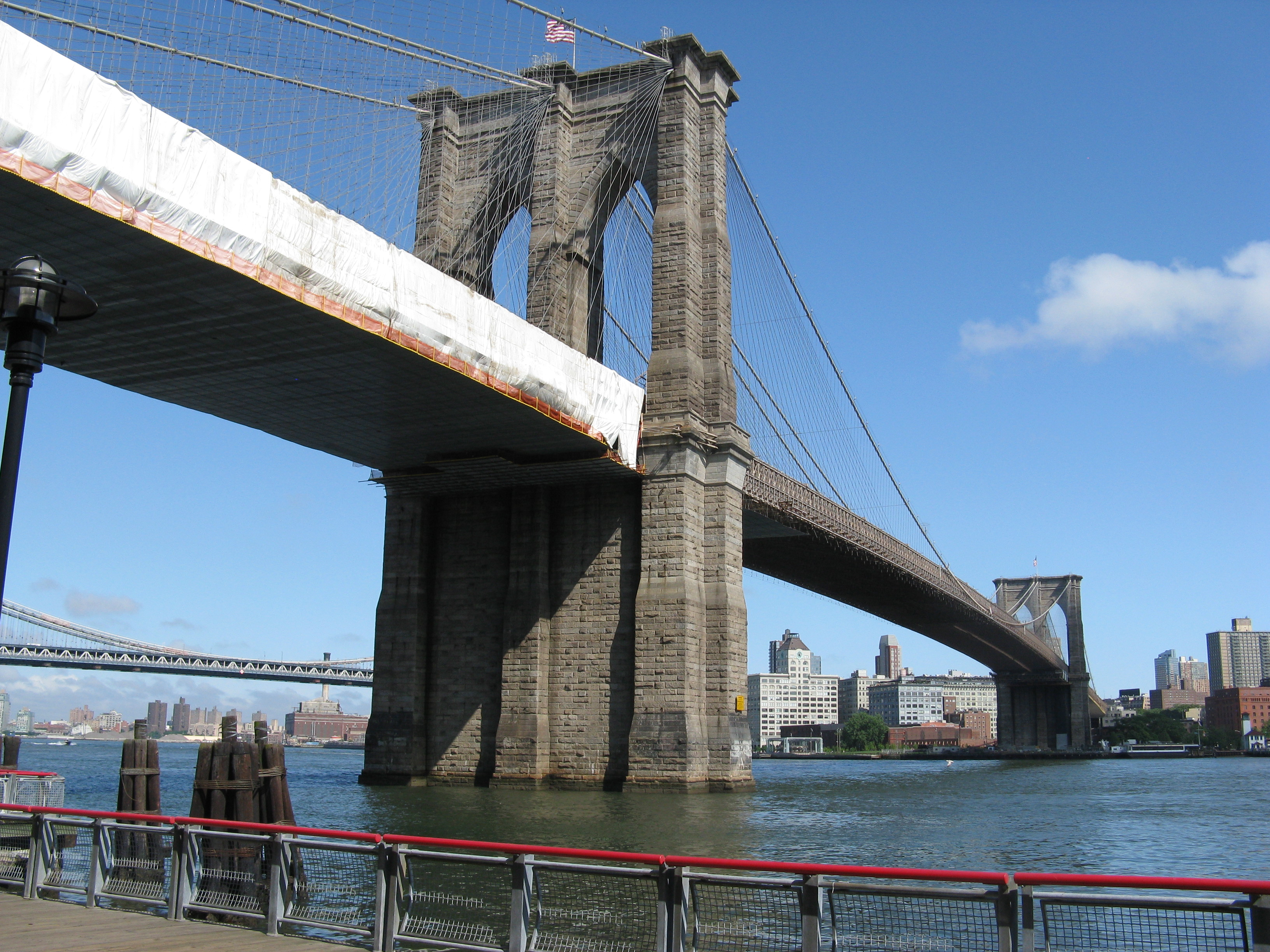 Brooklyn_Bridge-New_York