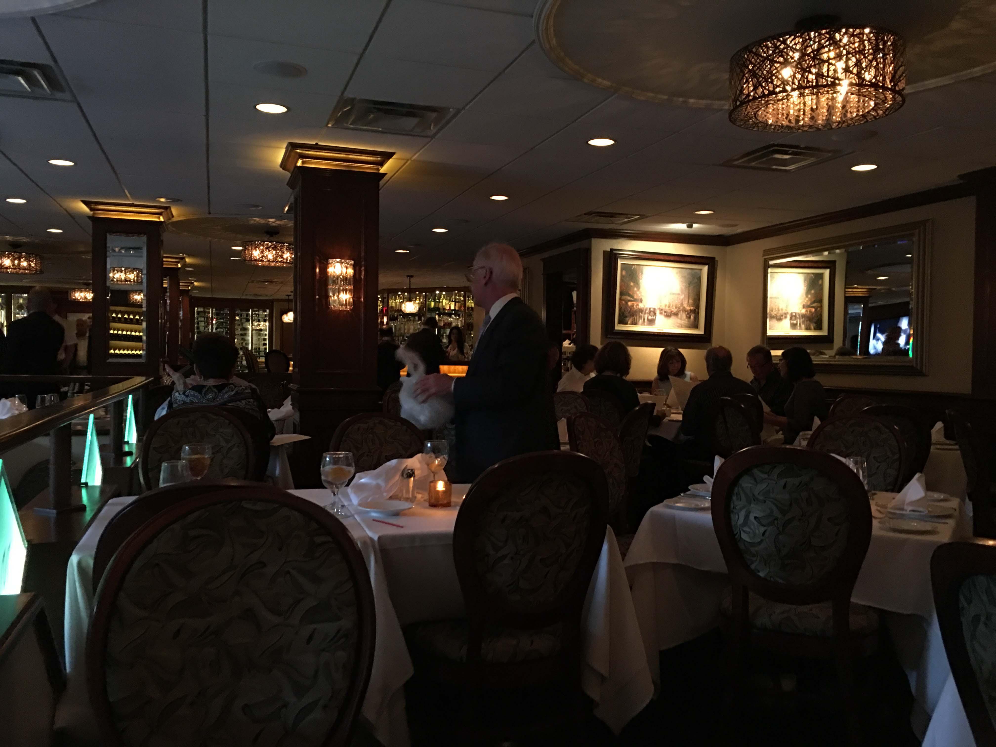 Mulinos dining room