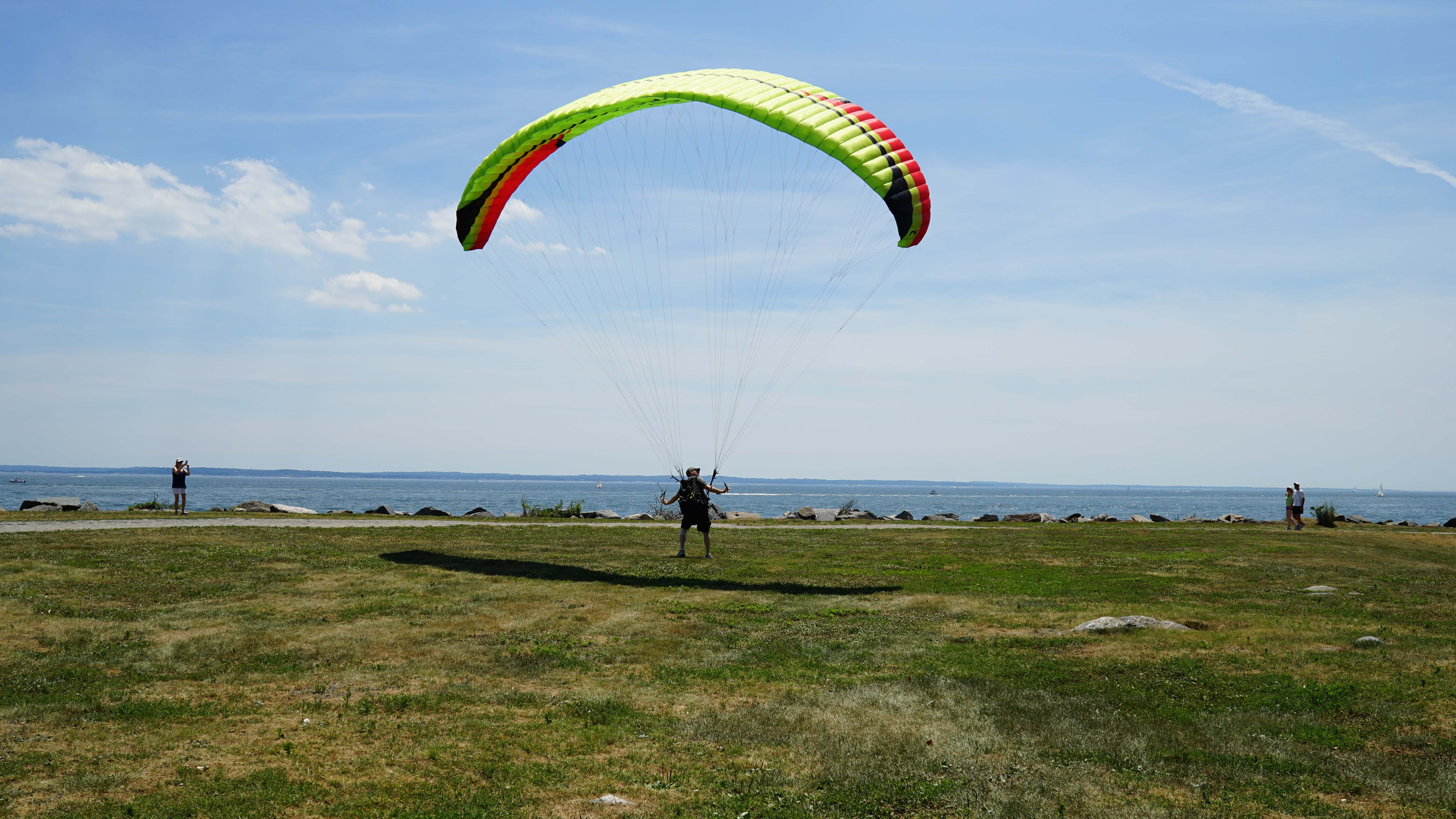 tods point paraglider