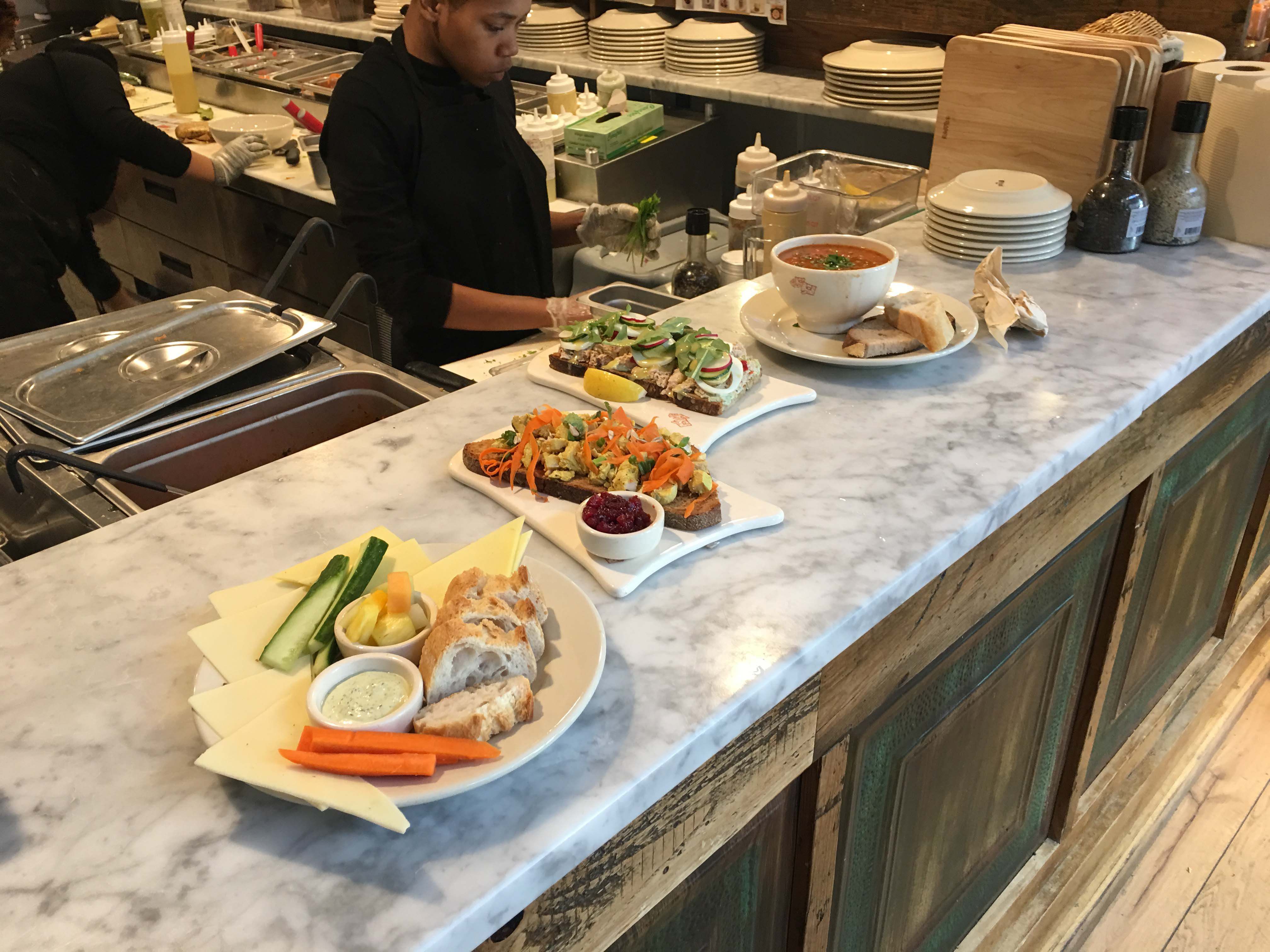 le-pain-quotidein-food-to-serve