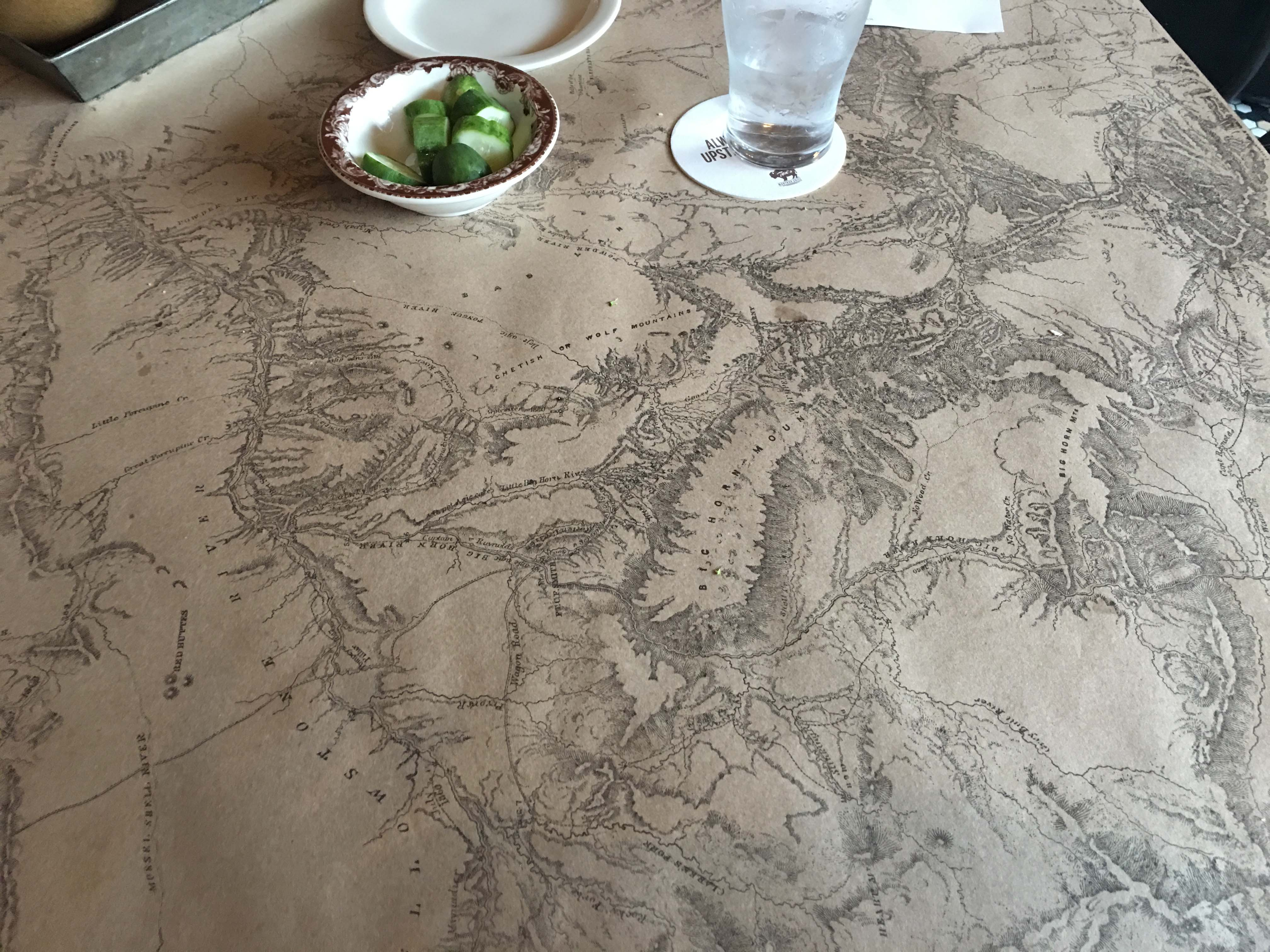 ted-turners-montana-grill-table-paper